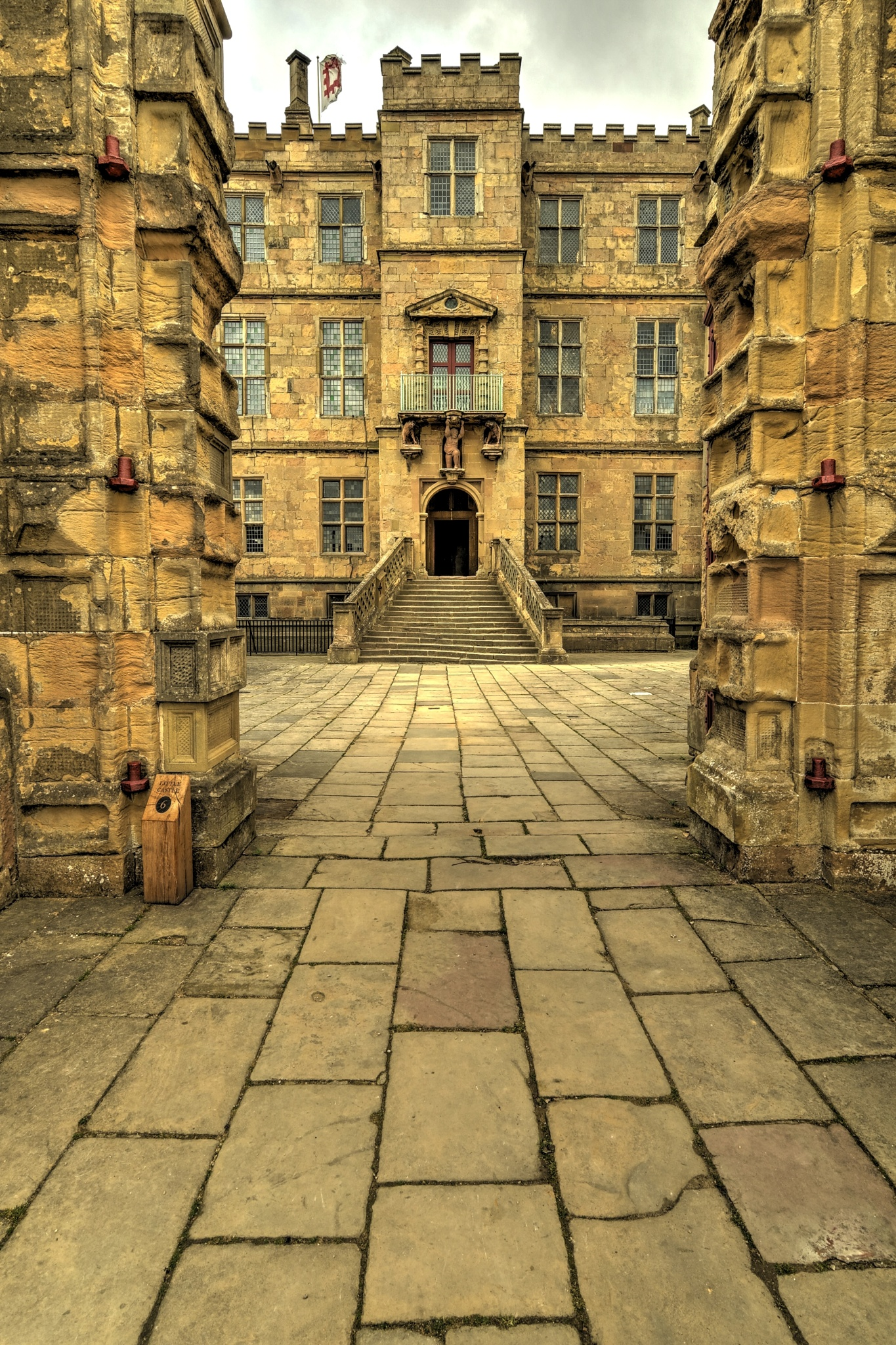 Gateway to Battle by Les Kent