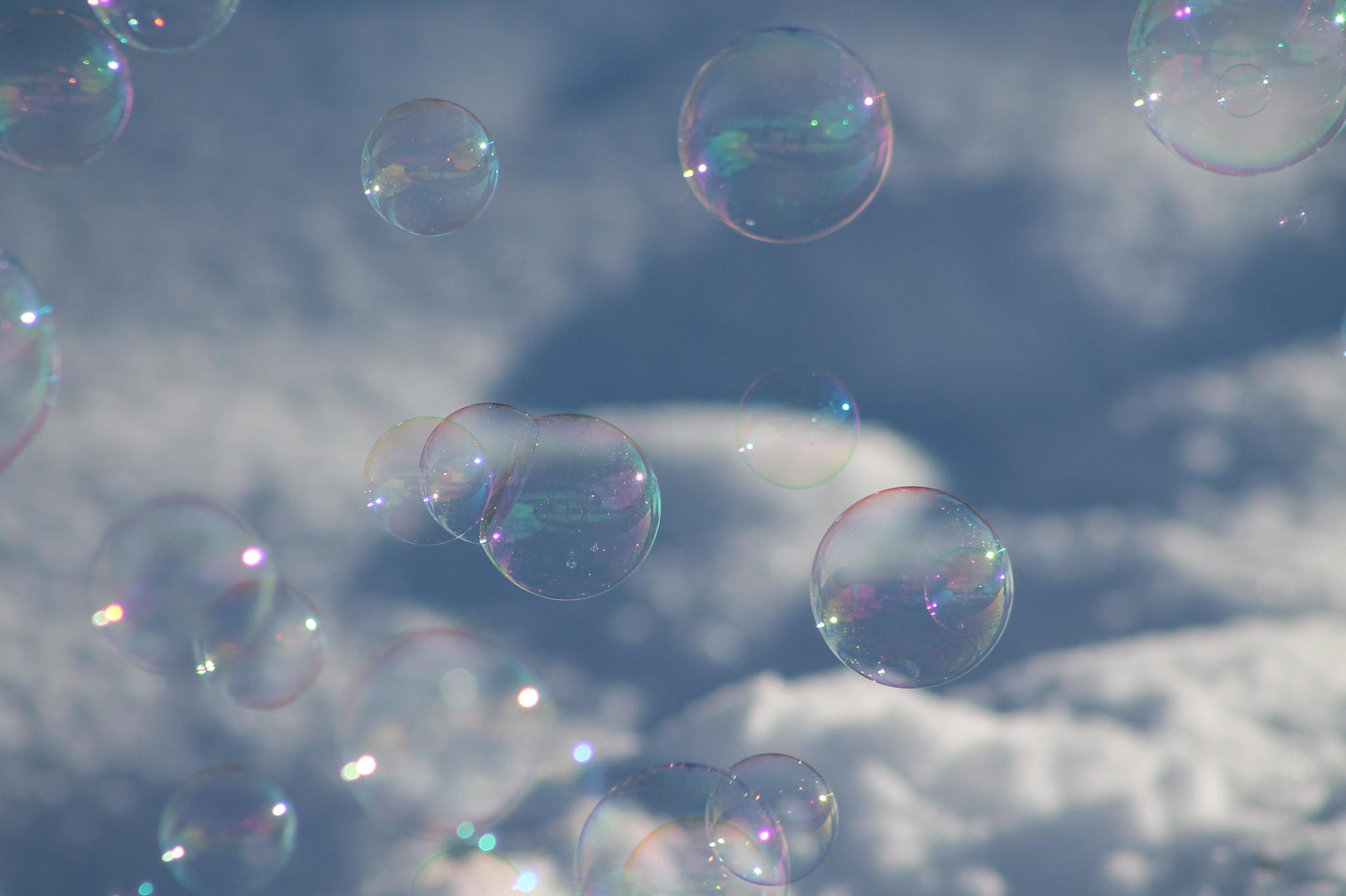 Winter Bubbles by Connie Kerik Holloway