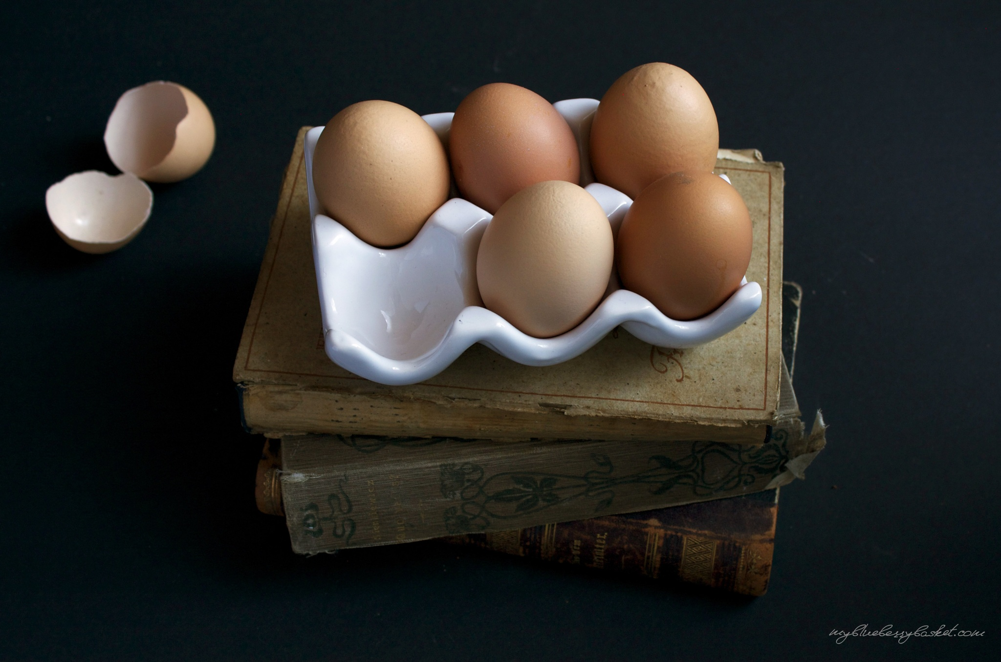 Clever Eggs by Simone Weinwurm