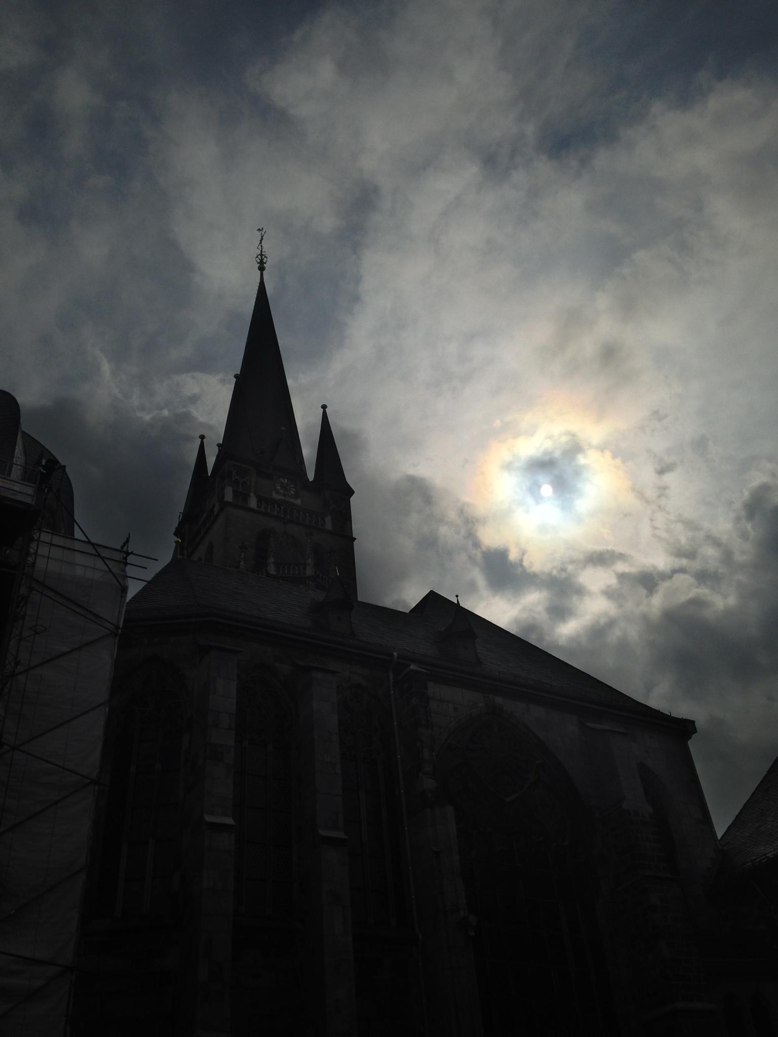 Cathedrale Aix la Chapelle by gabrielehelenebittner