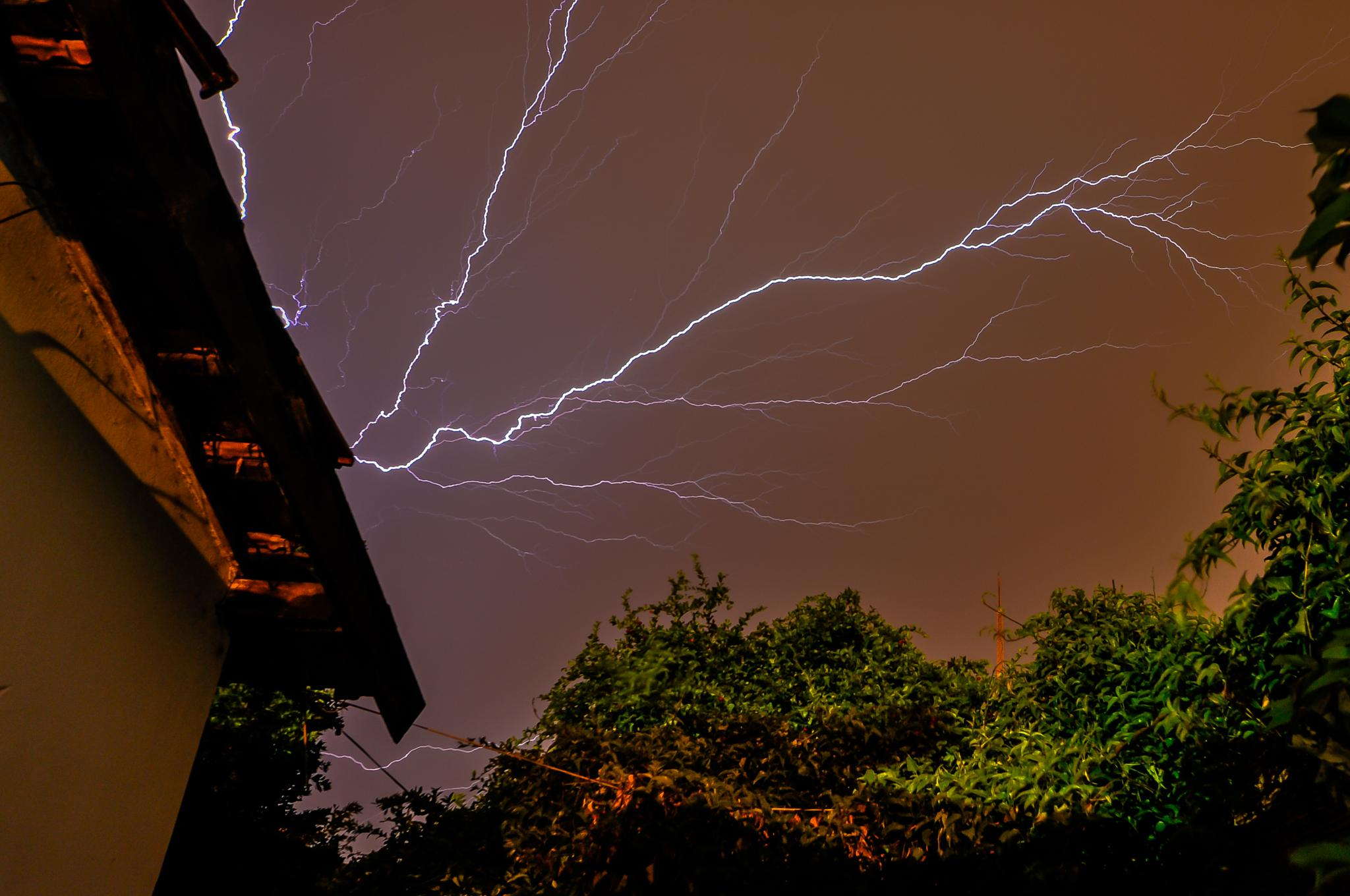 Thunder by Marcelo Calazans