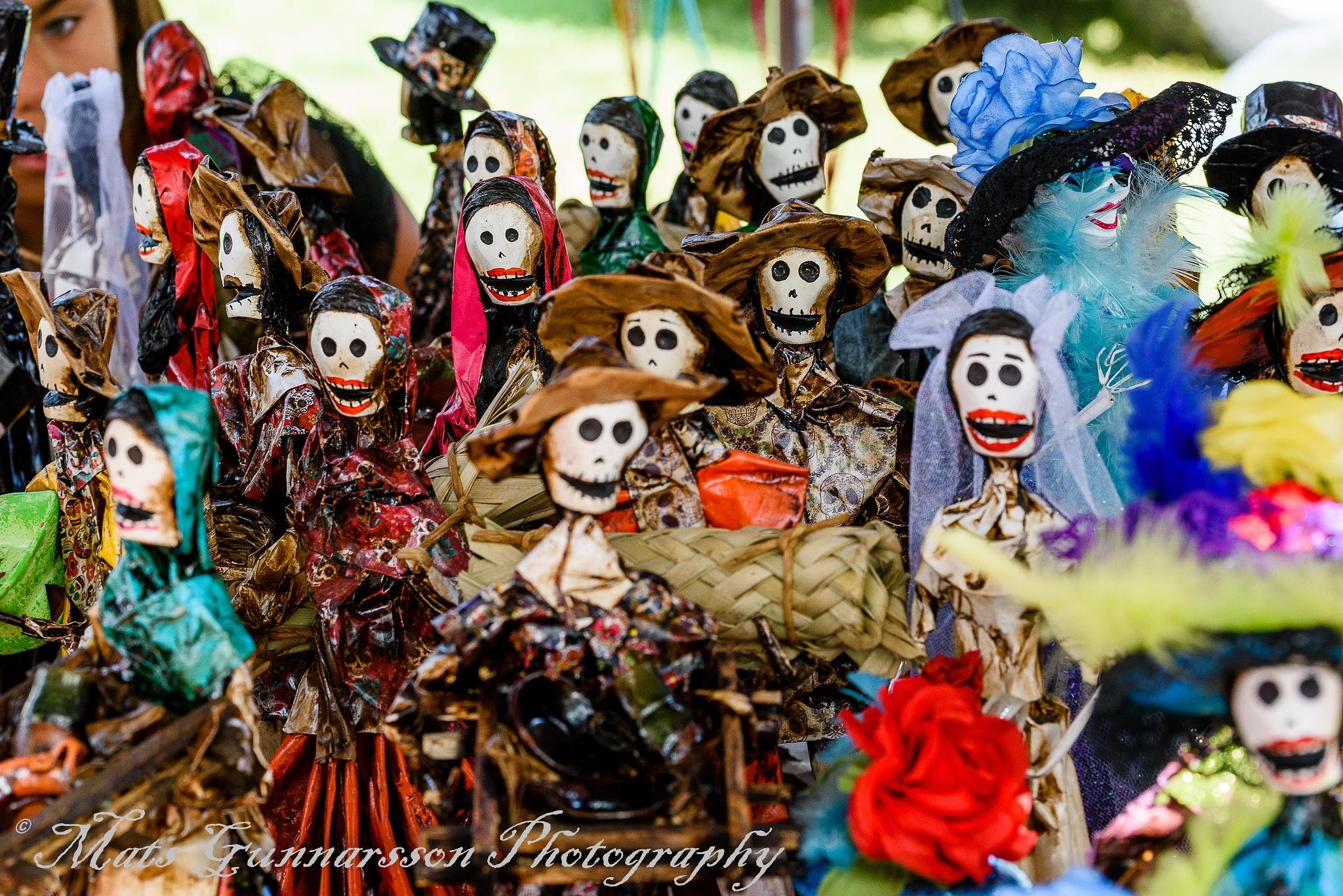 Día de Los Muertos figures by MatsGunnarssonPhotography