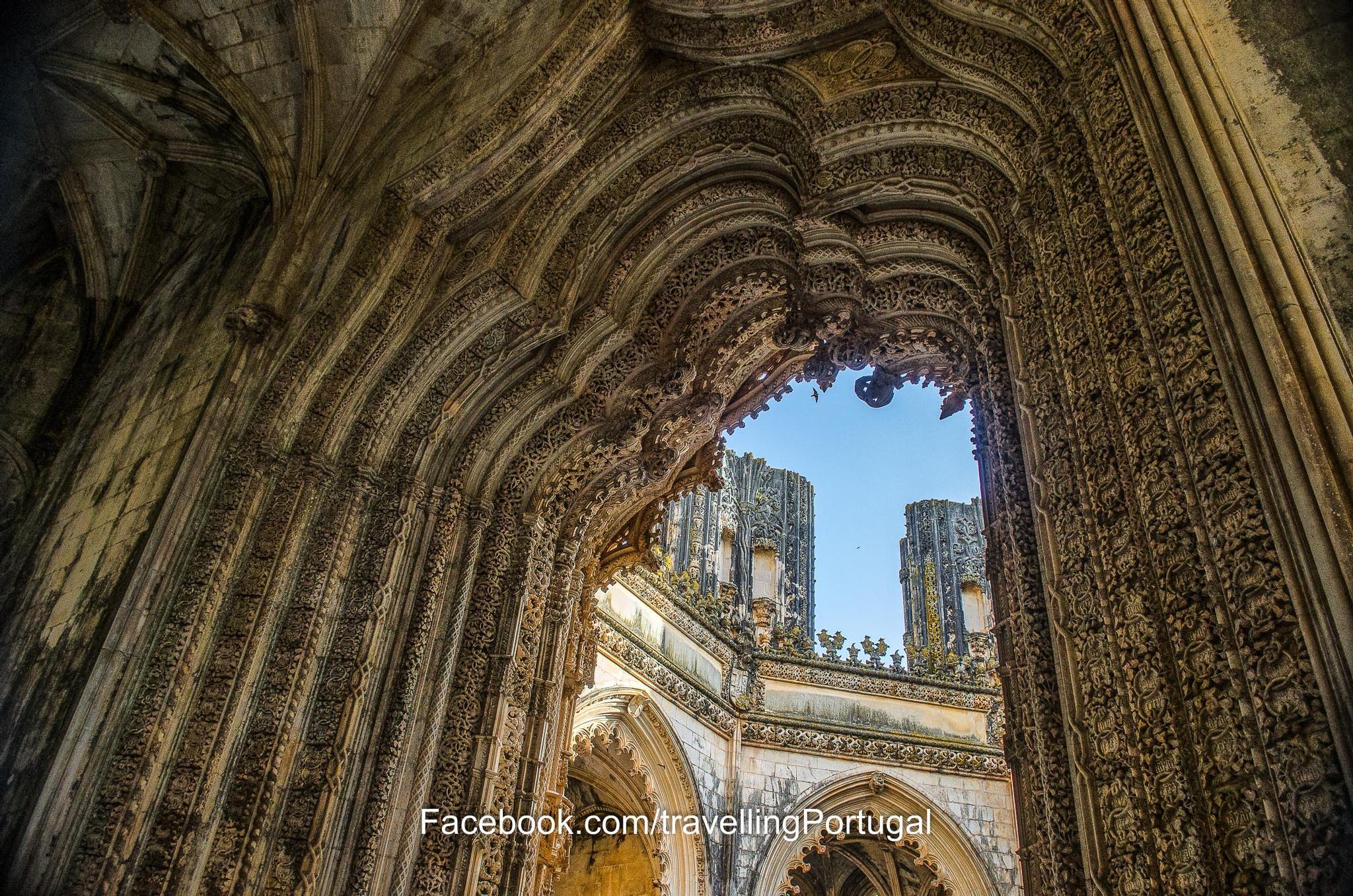 Nas Capelas Imperfeitas, Mosteiro da Batalha by turismoenportugal