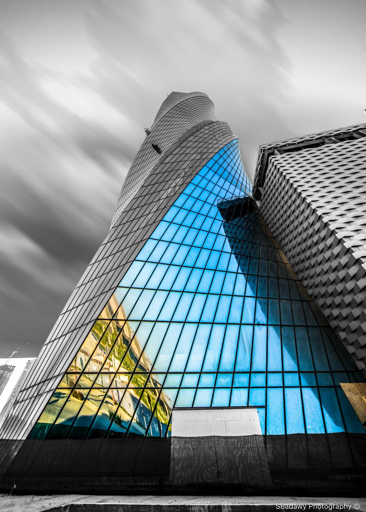 Bahrain's United Tower - Manama - Bahrain by Sherif Badawy