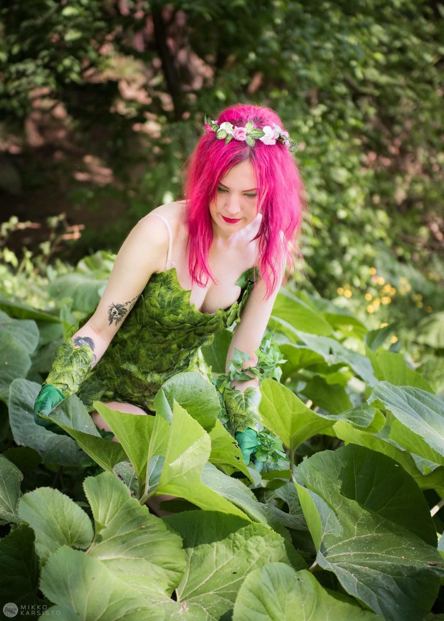 Poison Ivy by Mikko Karsisto