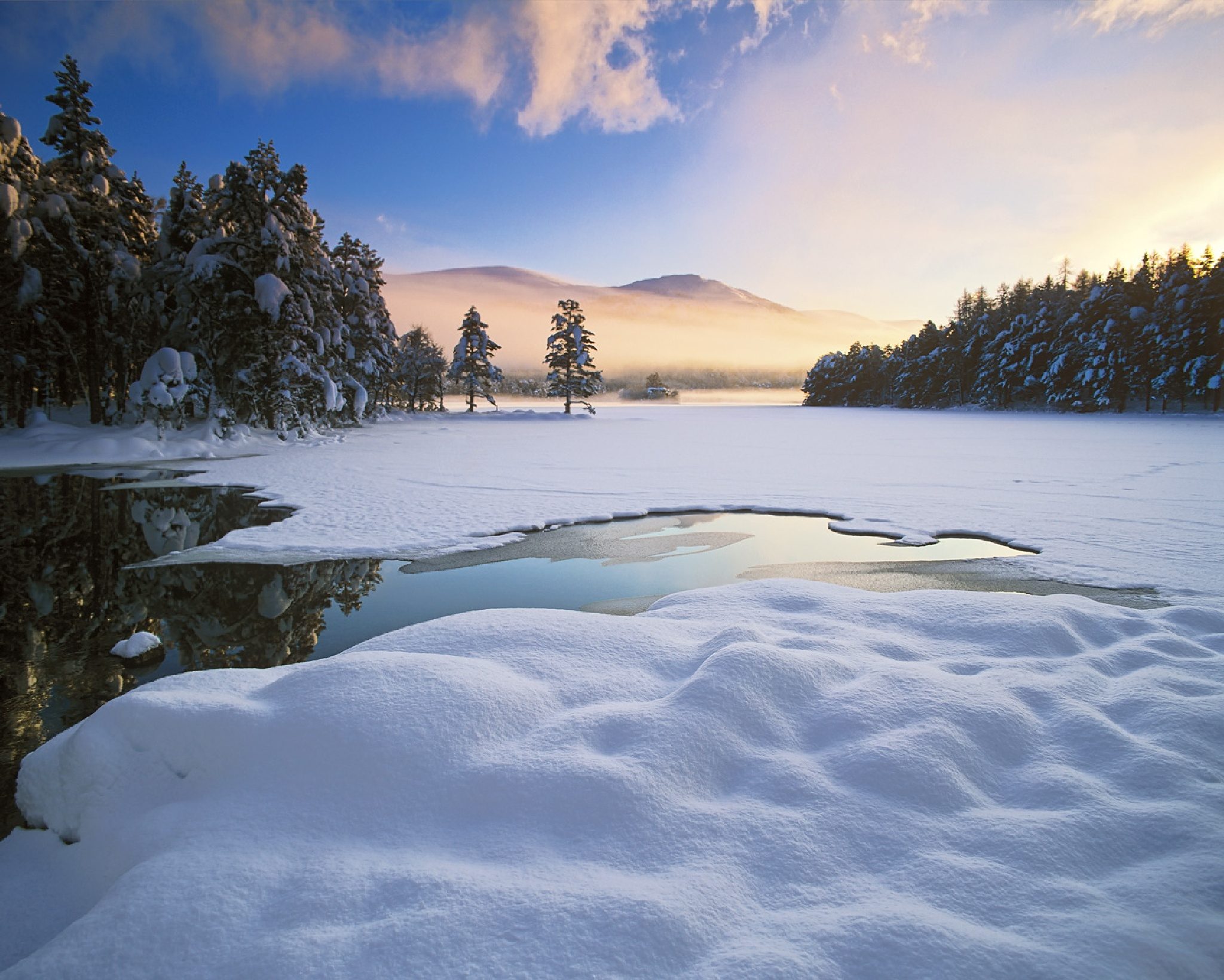 Loch Eilein Sublime by hwatt