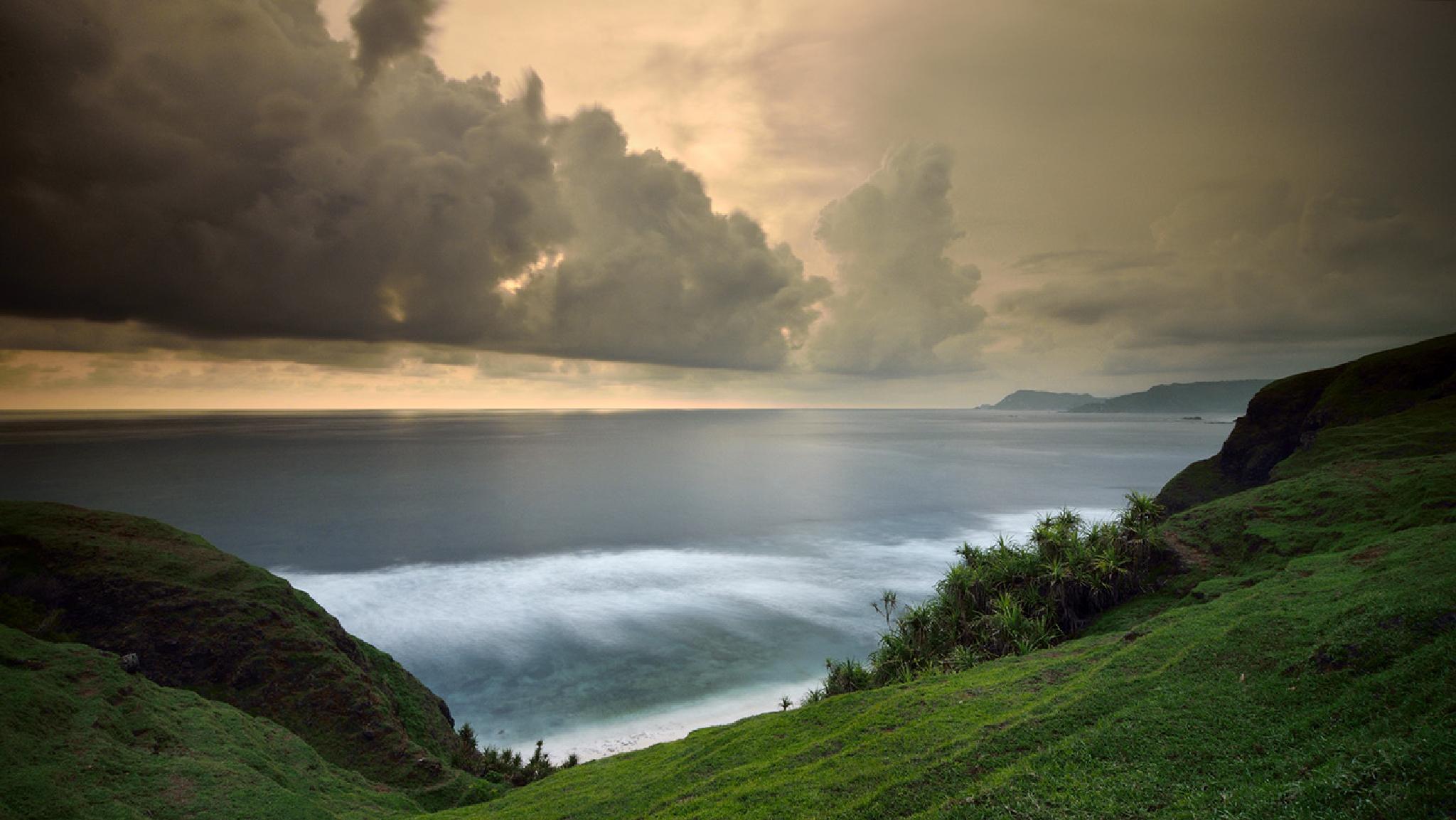 Cloudy afternoon by Didik Hariadi Mahsyar