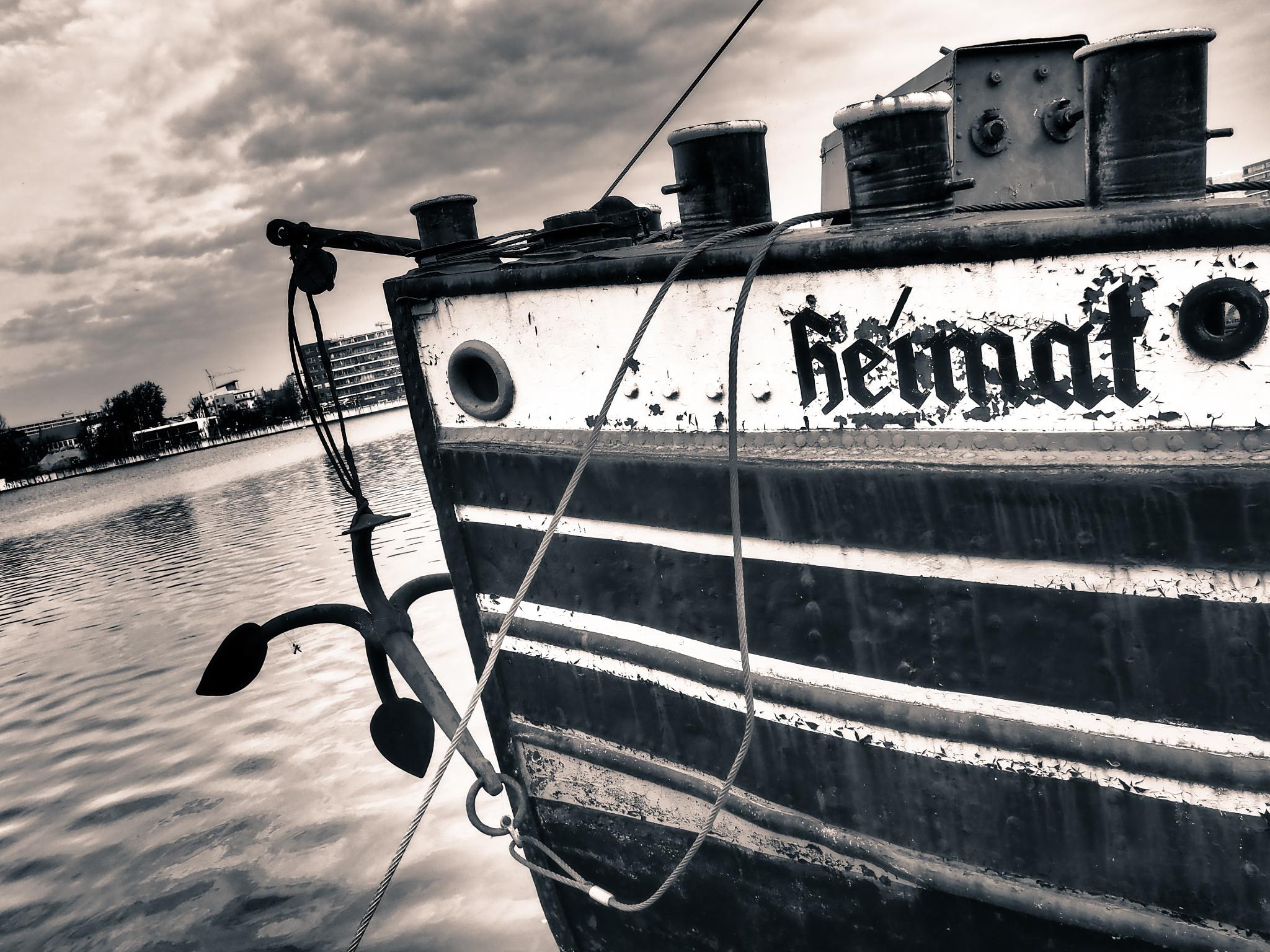 Berlin Ship Black & White by Jeans Brown Photography / Jens Schwarz