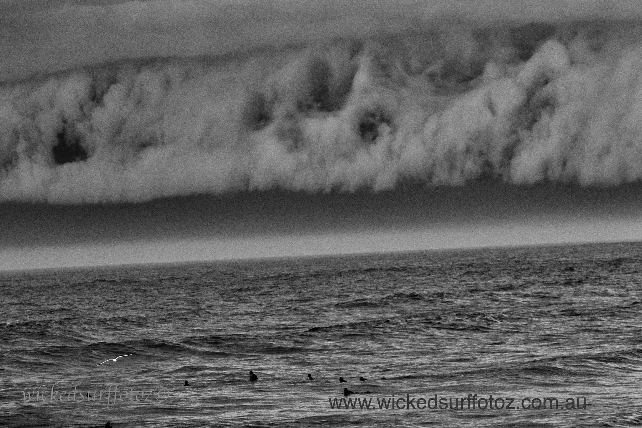 storms  by wickedsurffotoz
