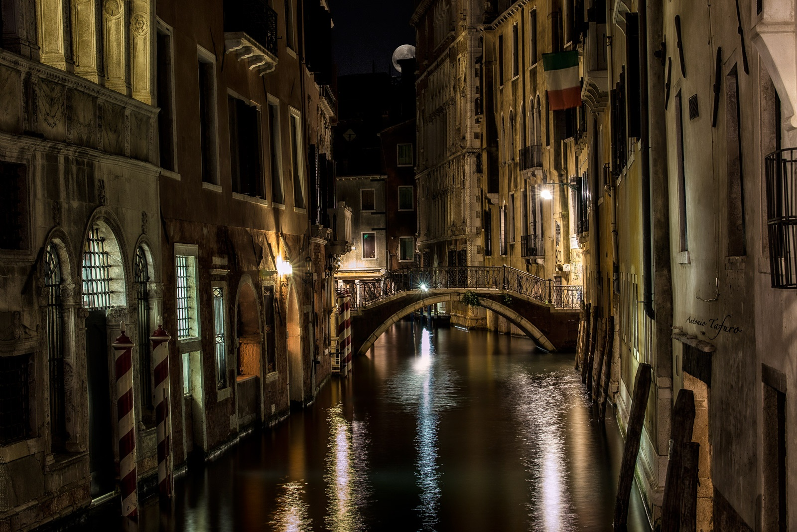 evening among the canals of Venice by Antonio Tafuro