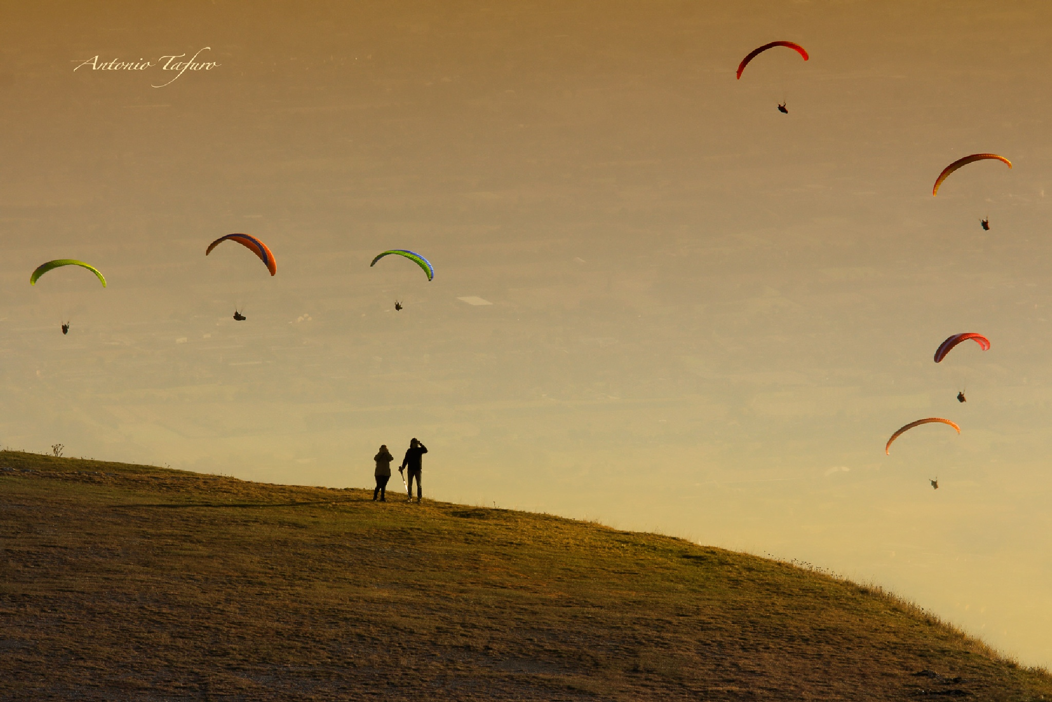 Paragliders by Antonio Tafuro