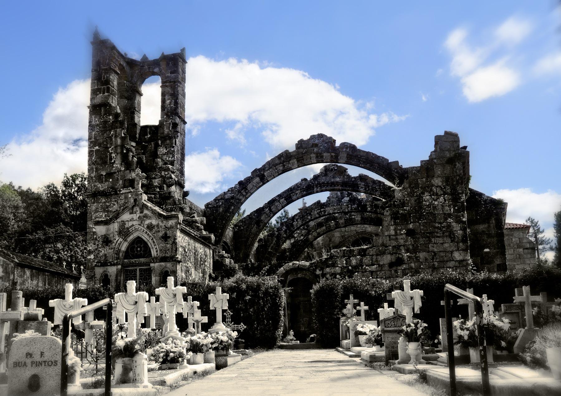 Cementiri by Pilar