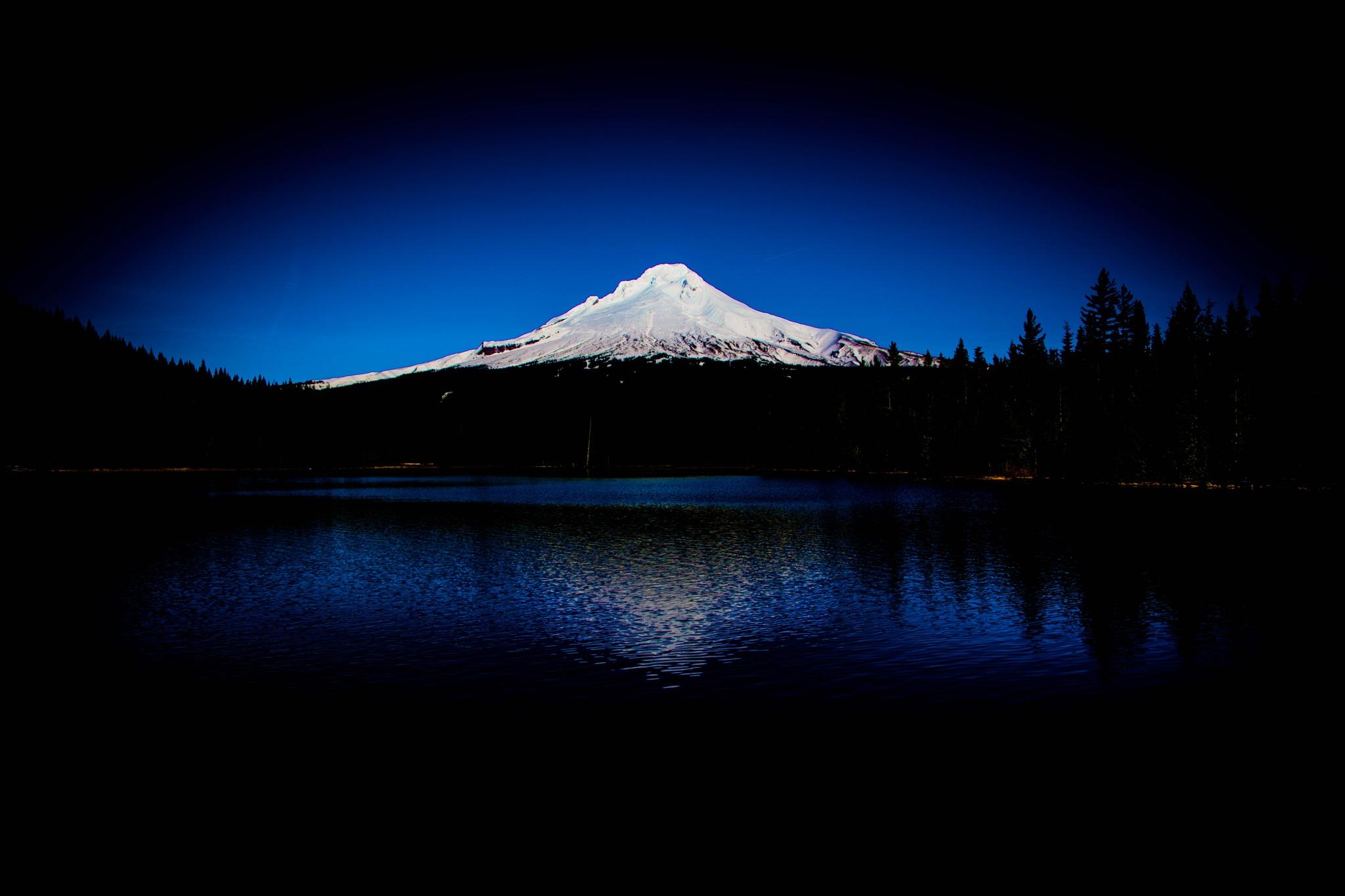 Mount Hood  by Gillianne Fields
