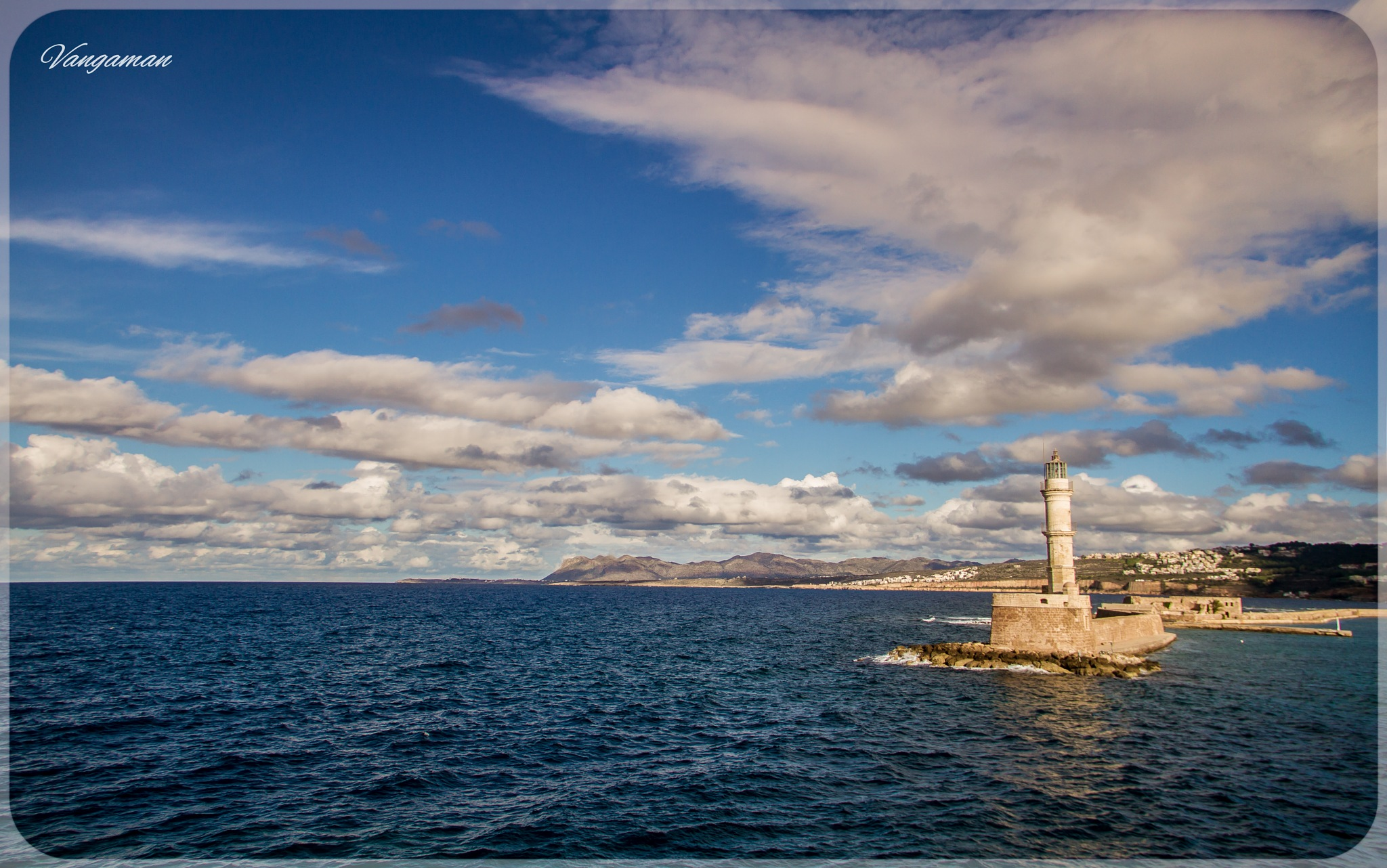 The lighthouse of chania by Evangelos Astropalitis