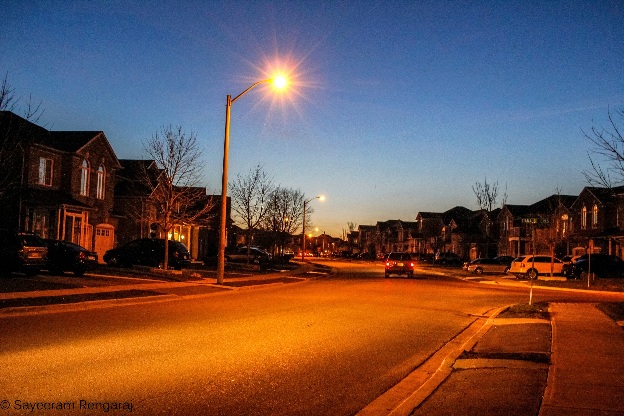 Queen Mary Drive, Brampton by Sayeeram Rengaraj