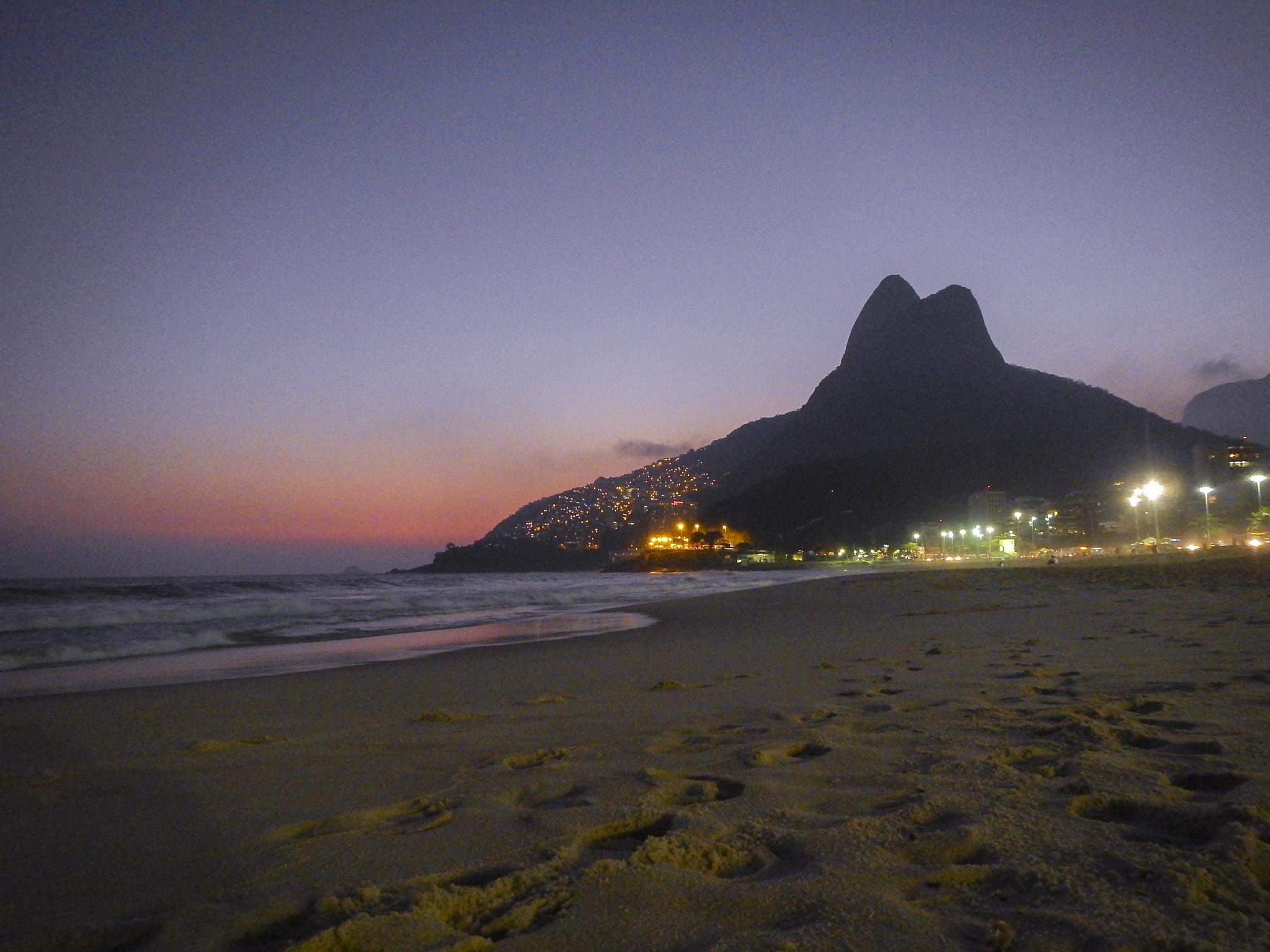 Leblon sunset by Marcelo Zal Riani