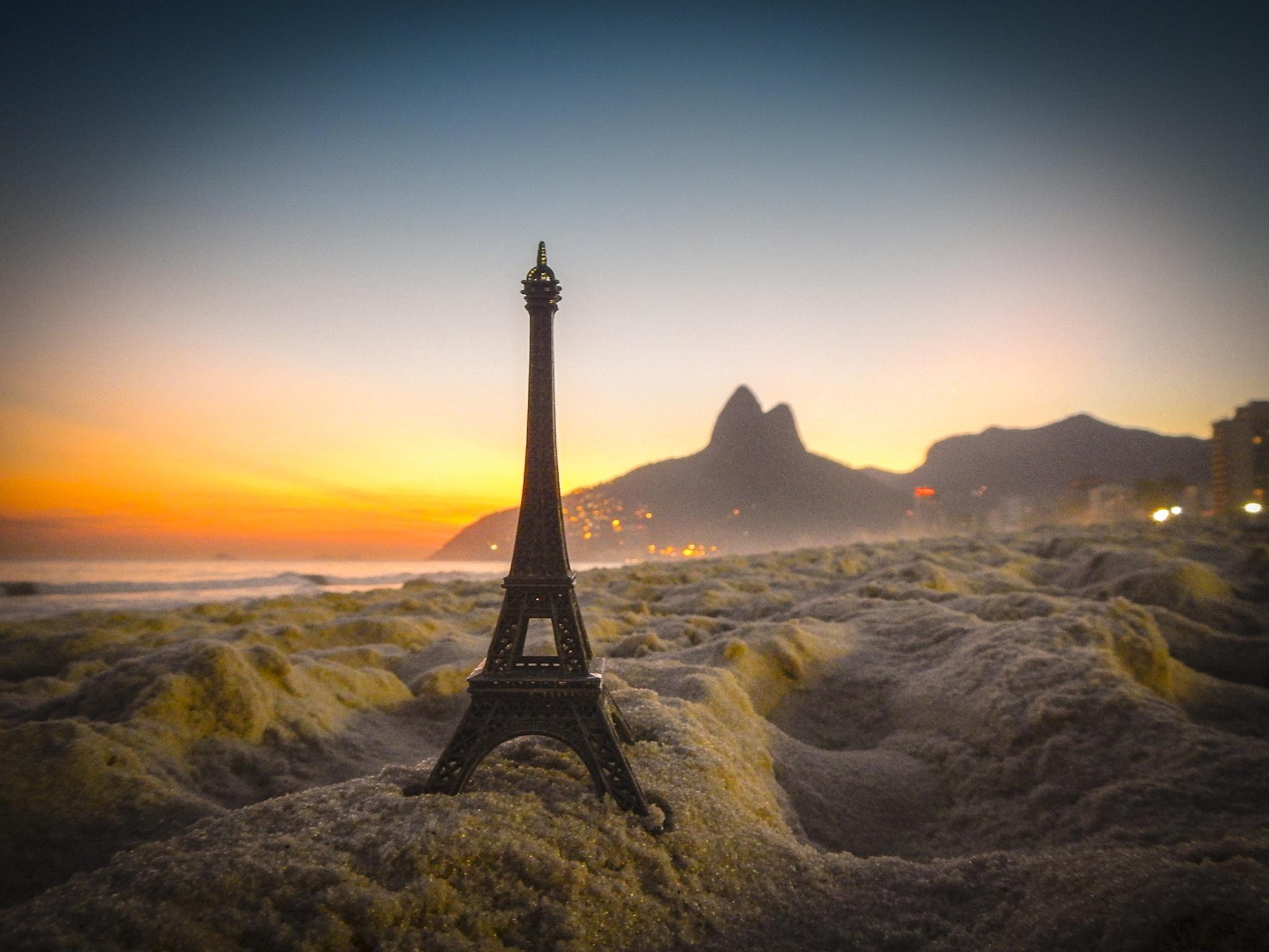 Pray for Paris by Marcelo Zal Riani