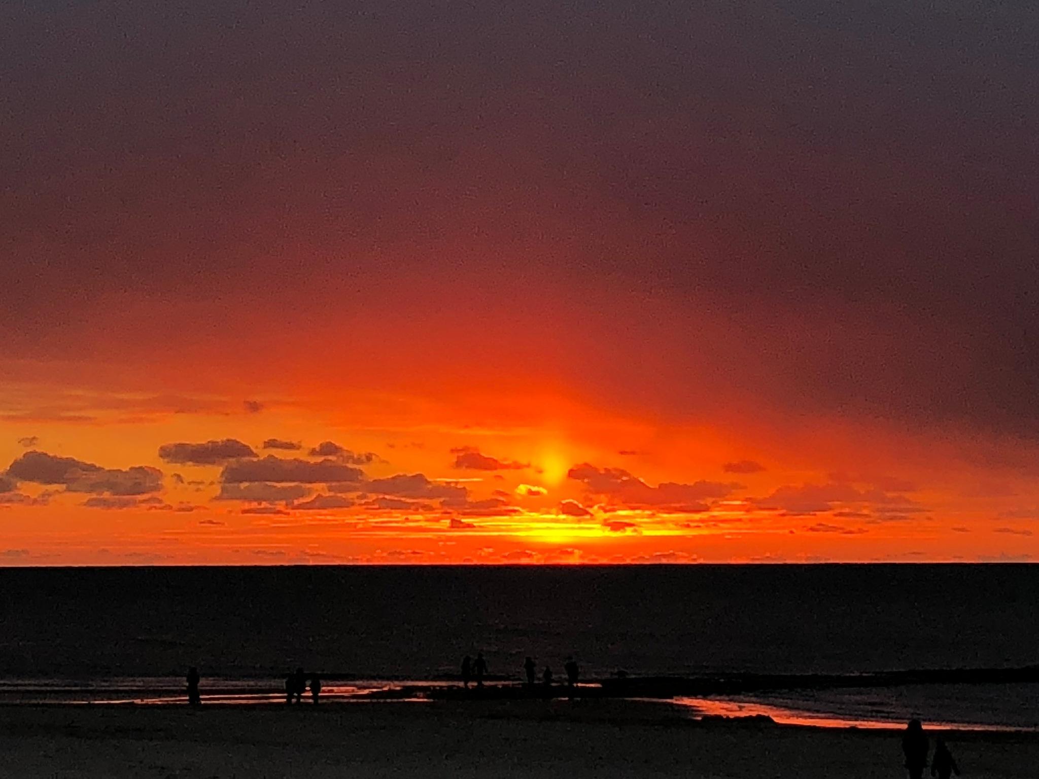 Sundown  by BabsB