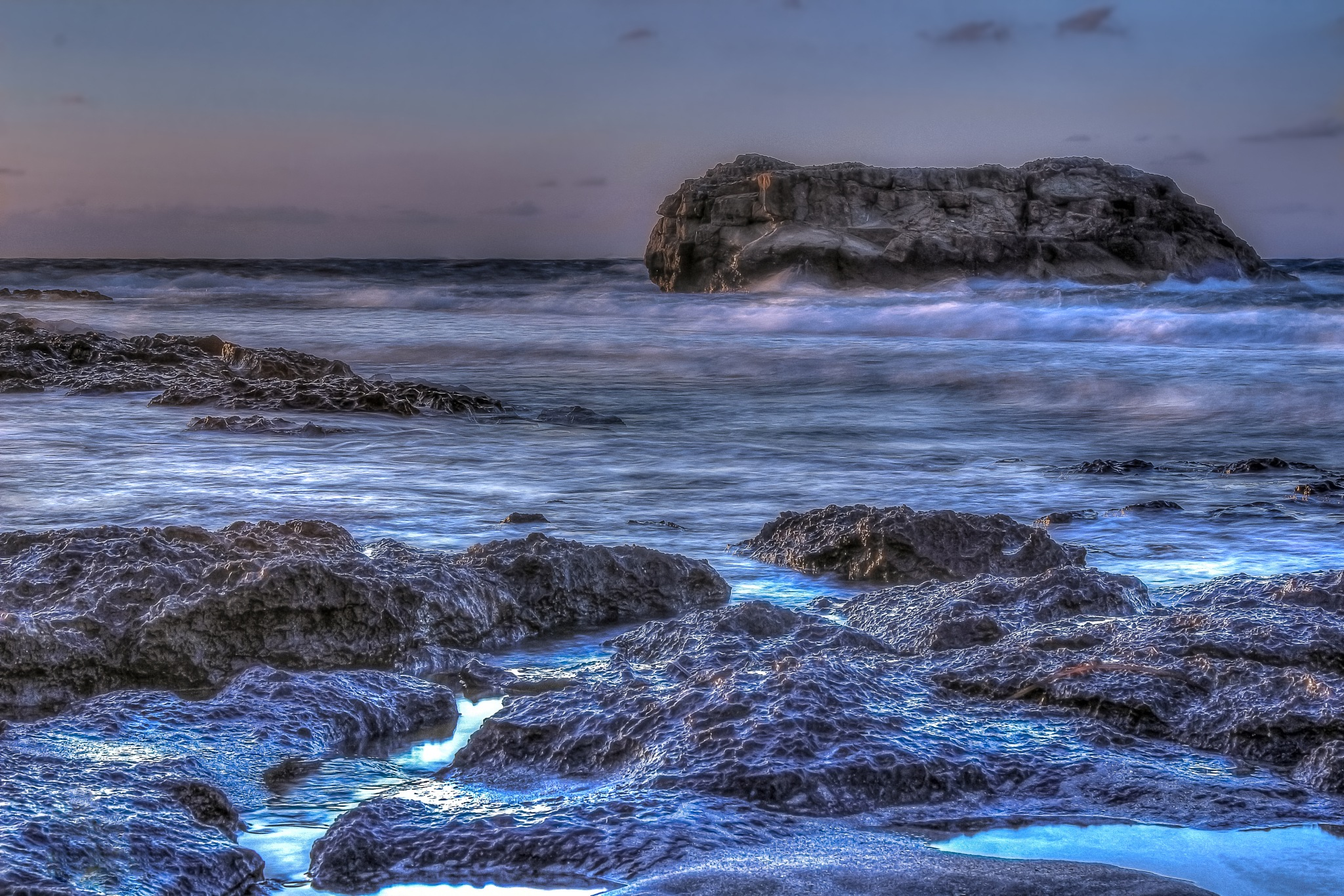 Seascape Before Sunset. by Omar AL-NAAS