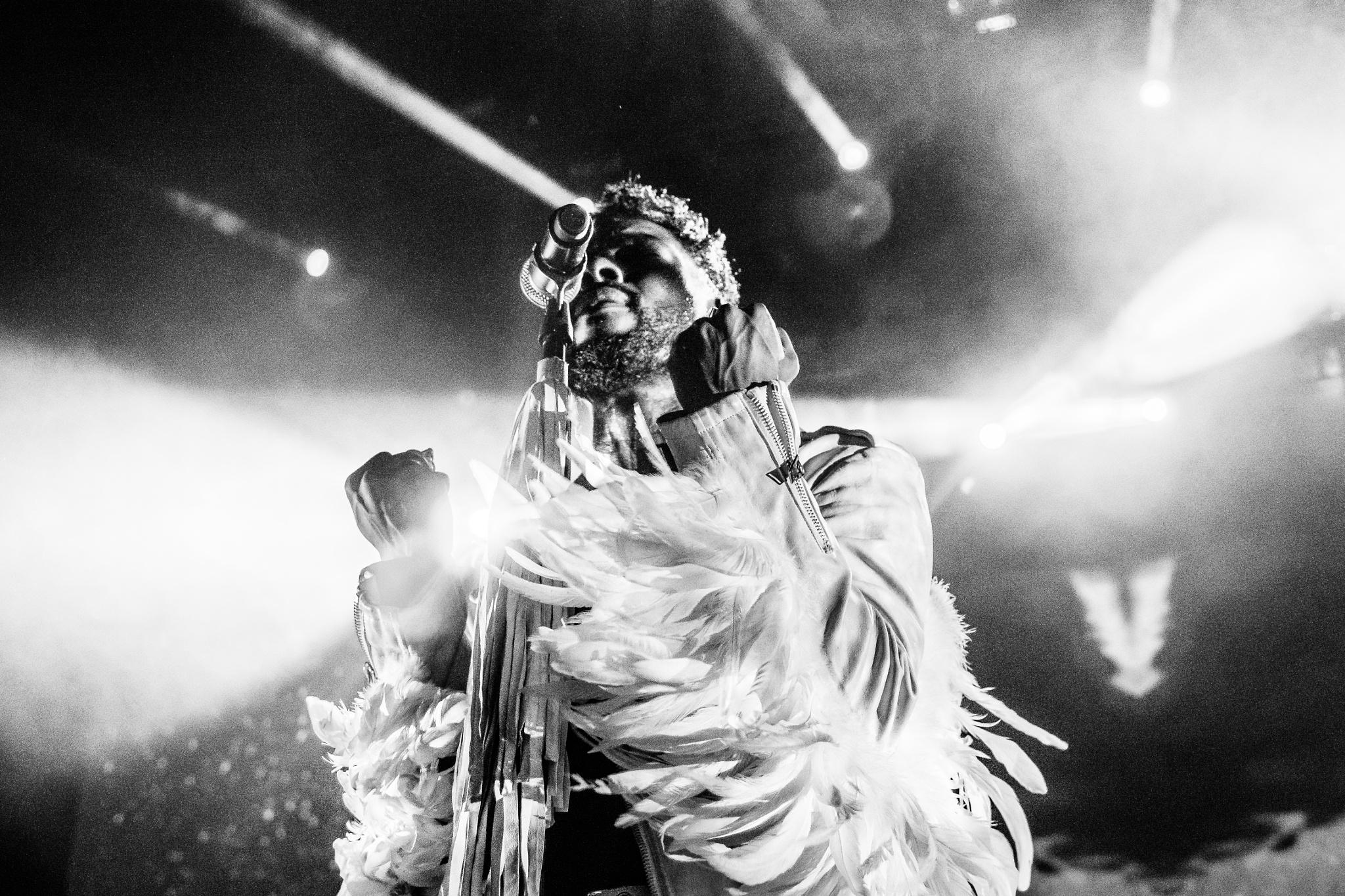 Miguel live in paris 2015 by Fouad Lakbir