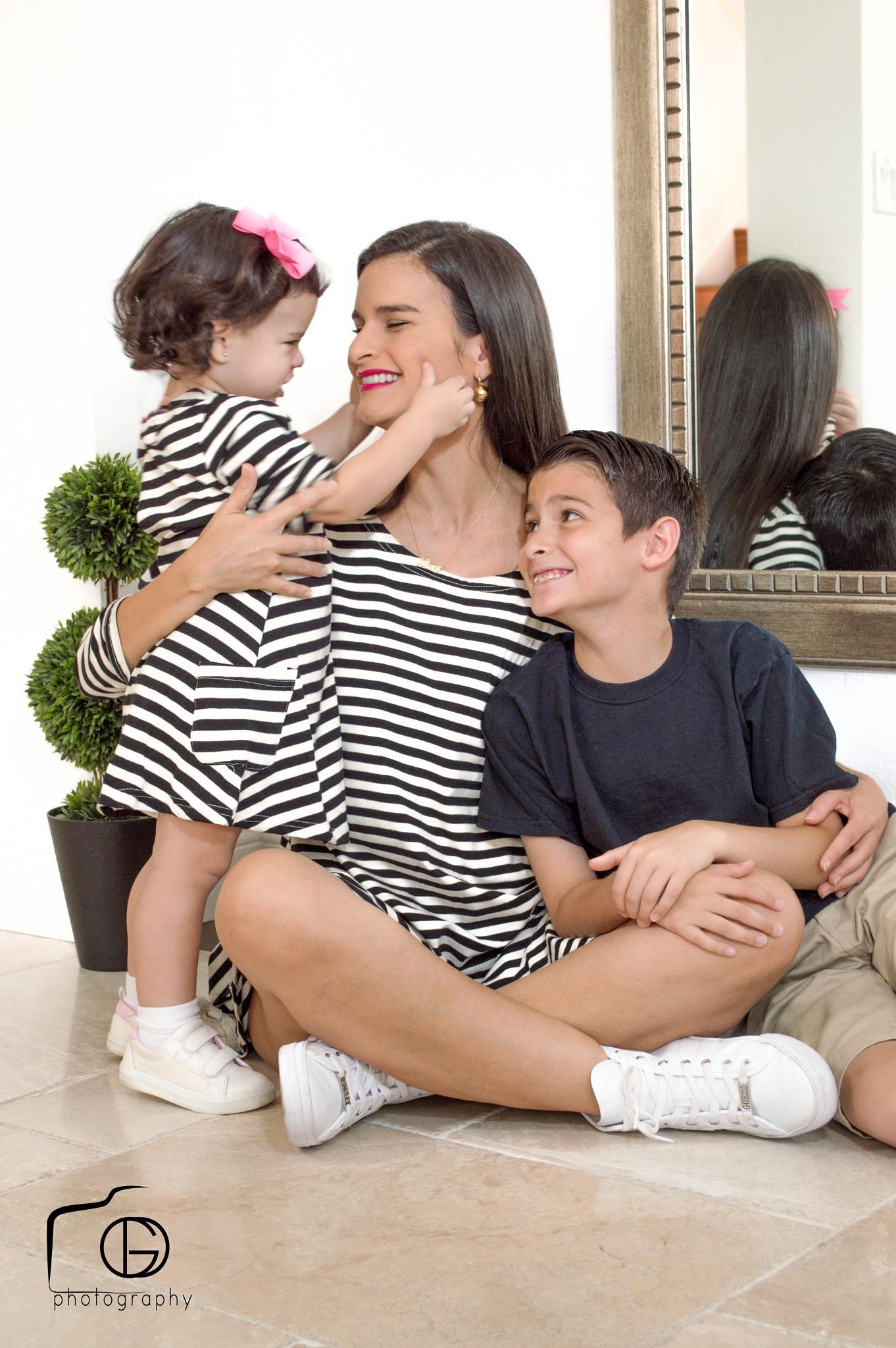 Family Zapata by Gustavo Dallmeier