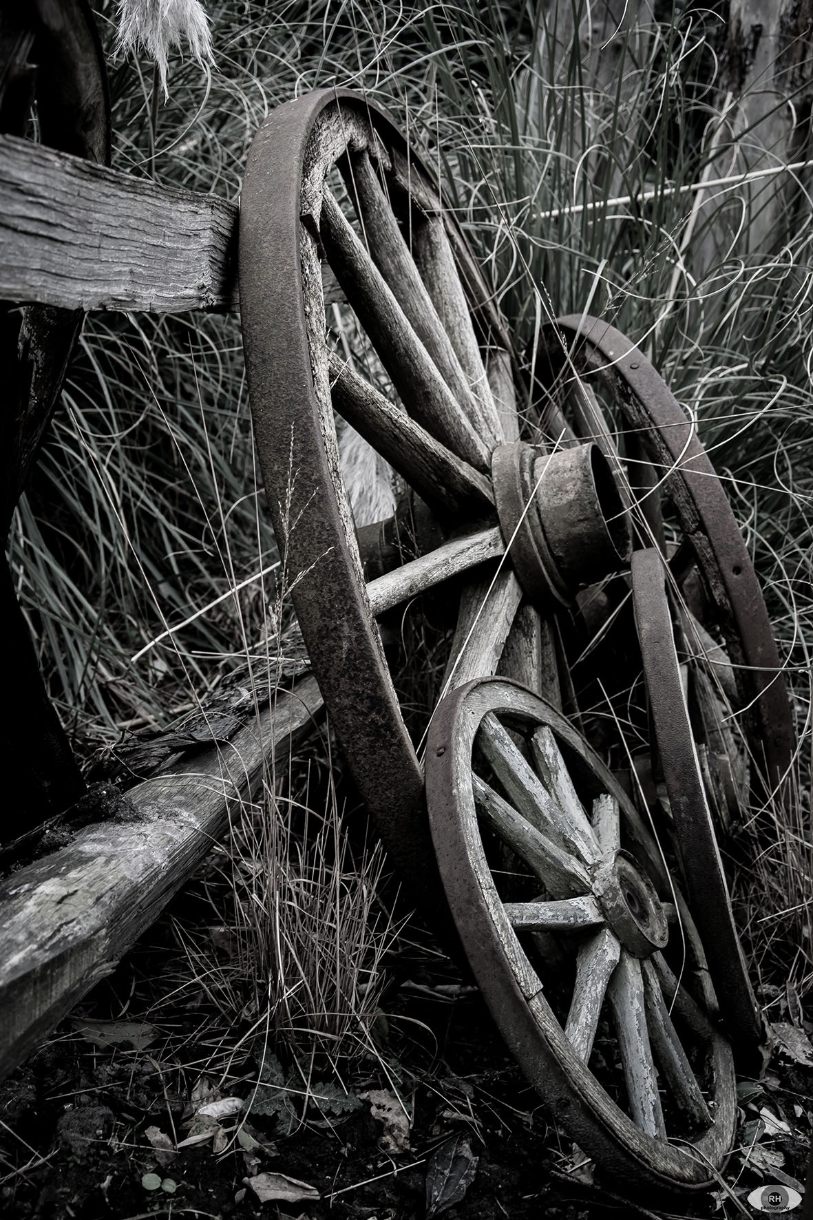 Wheels lost... by ⭐ rhphotography