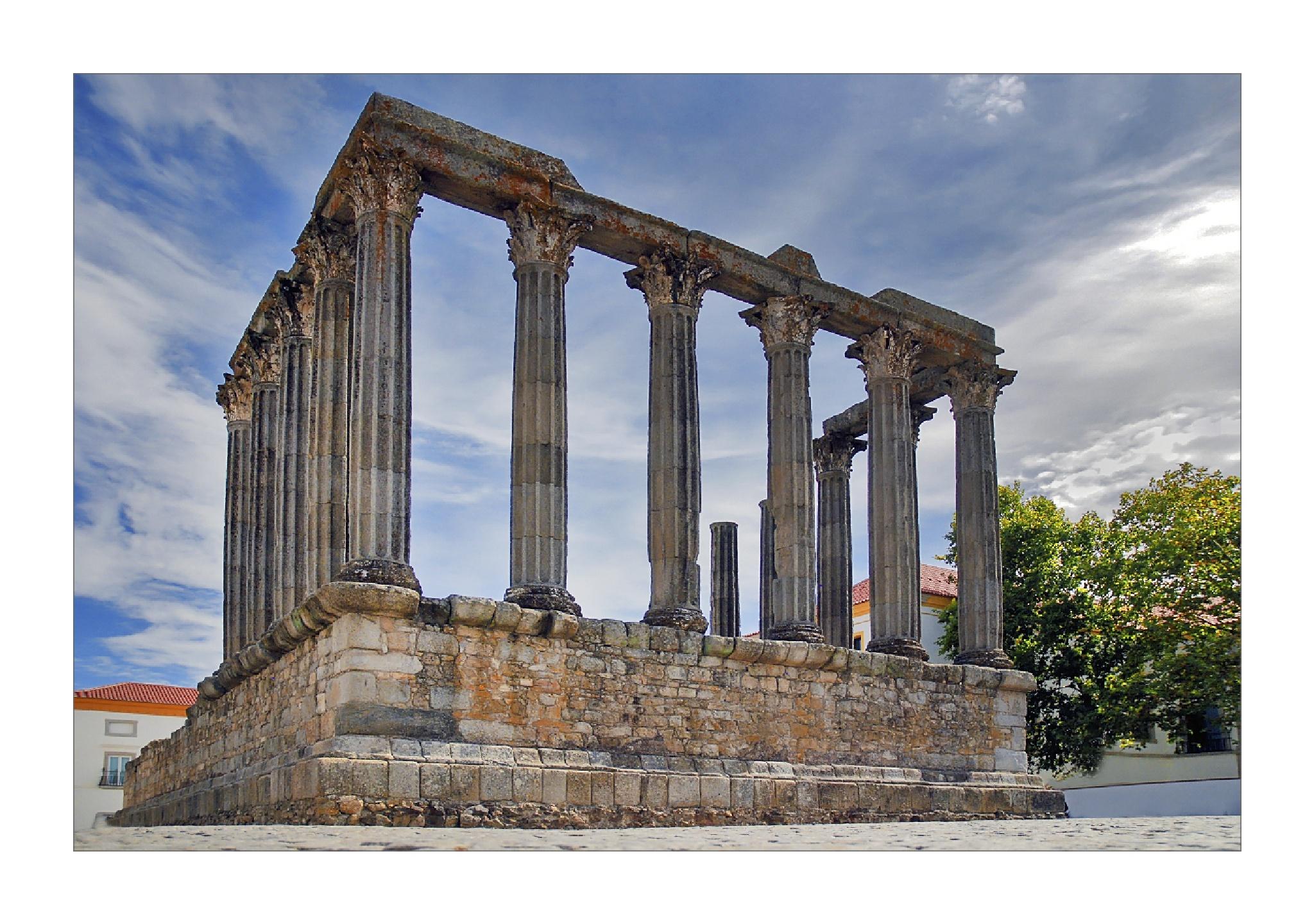 Templo de Diana by antónio marciano
