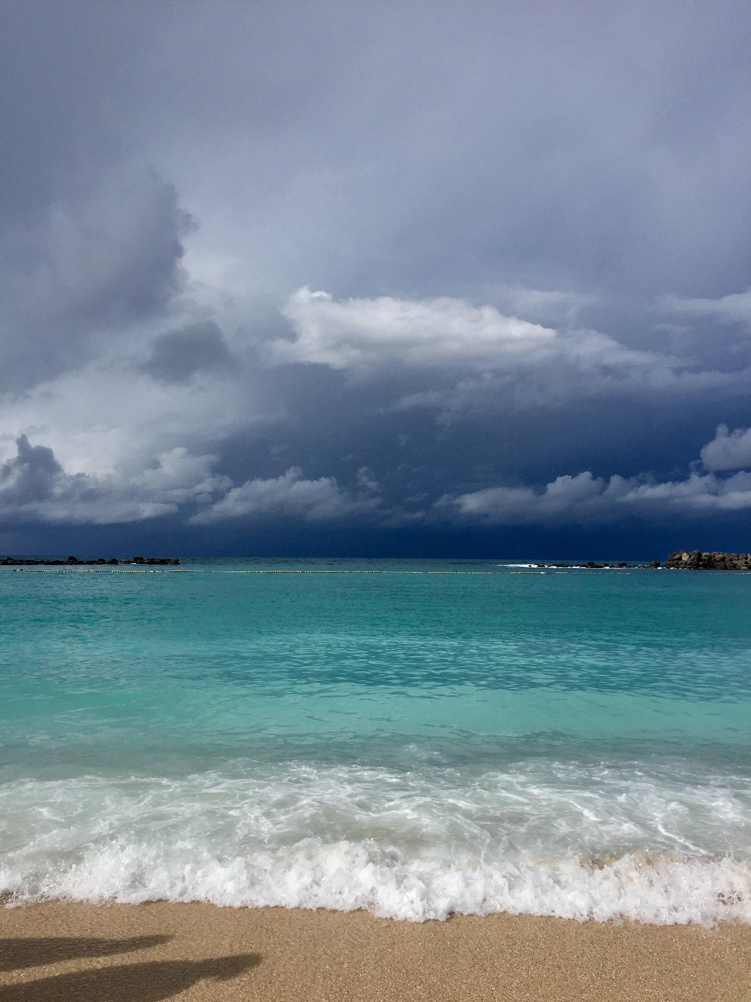 Before the rain at Amadores beach! by Cicki Jarneberg
