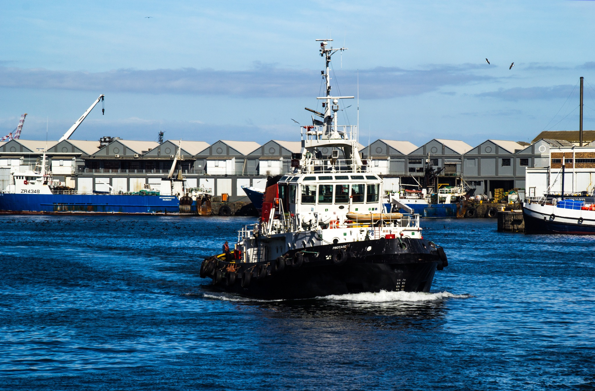 Tug boat by Nauta Piscatorque