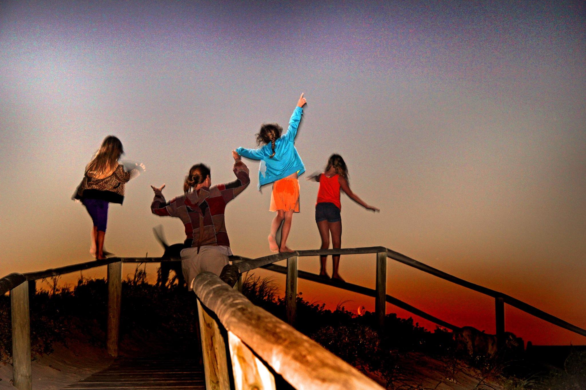Fun on the boardwalk by Nauta Piscatorque