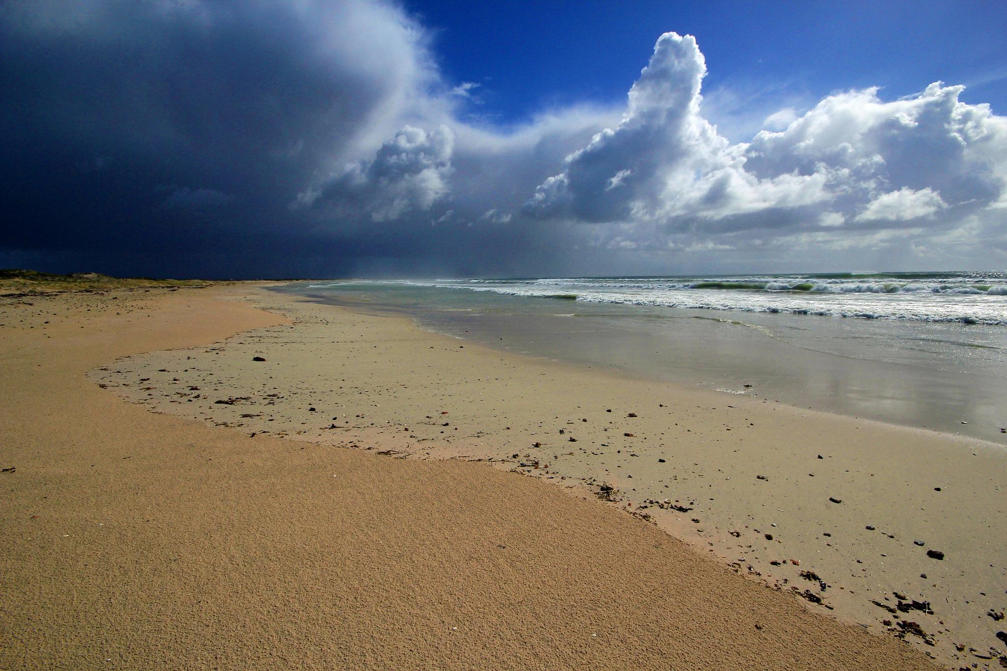 Stormclouds by Nauta Piscatorque