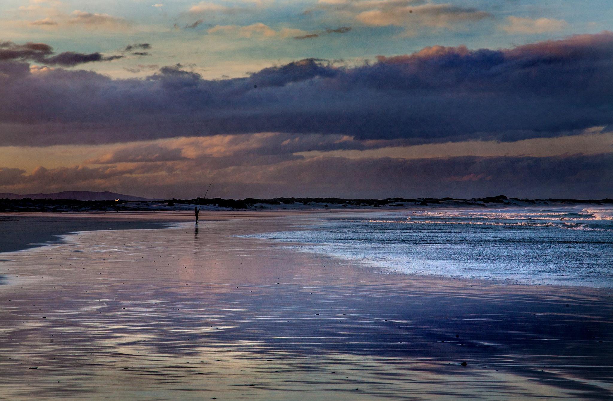 Fishing at sunset by Nauta Piscatorque