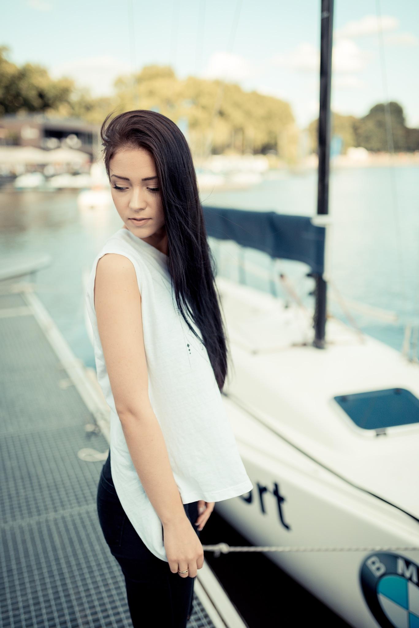 Silvi, at the boardwalk by Pixelhunter