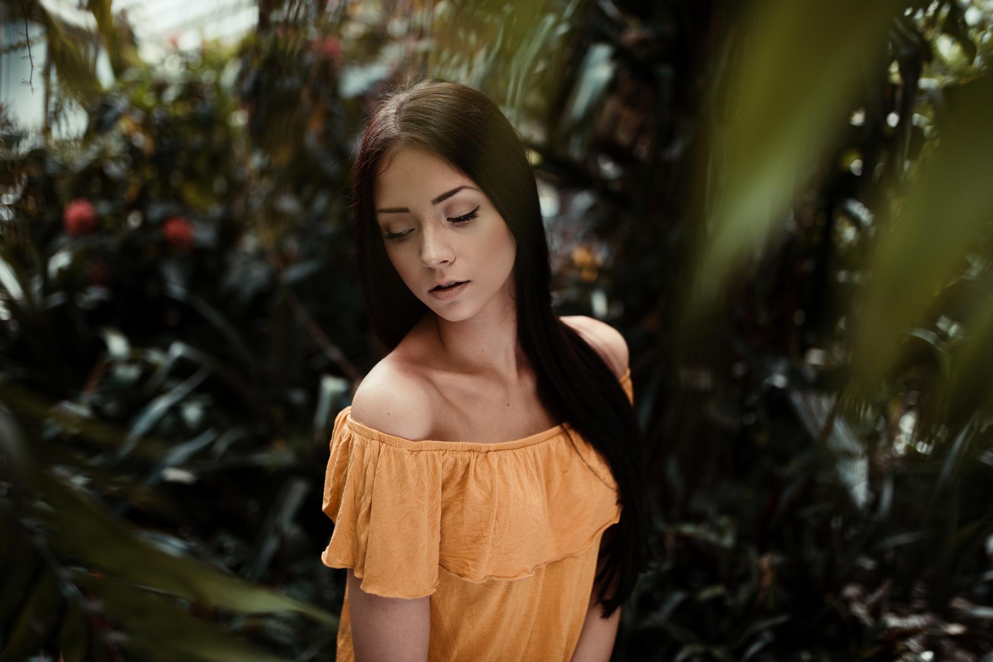 Silvi, greenhouse by Pixelhunter