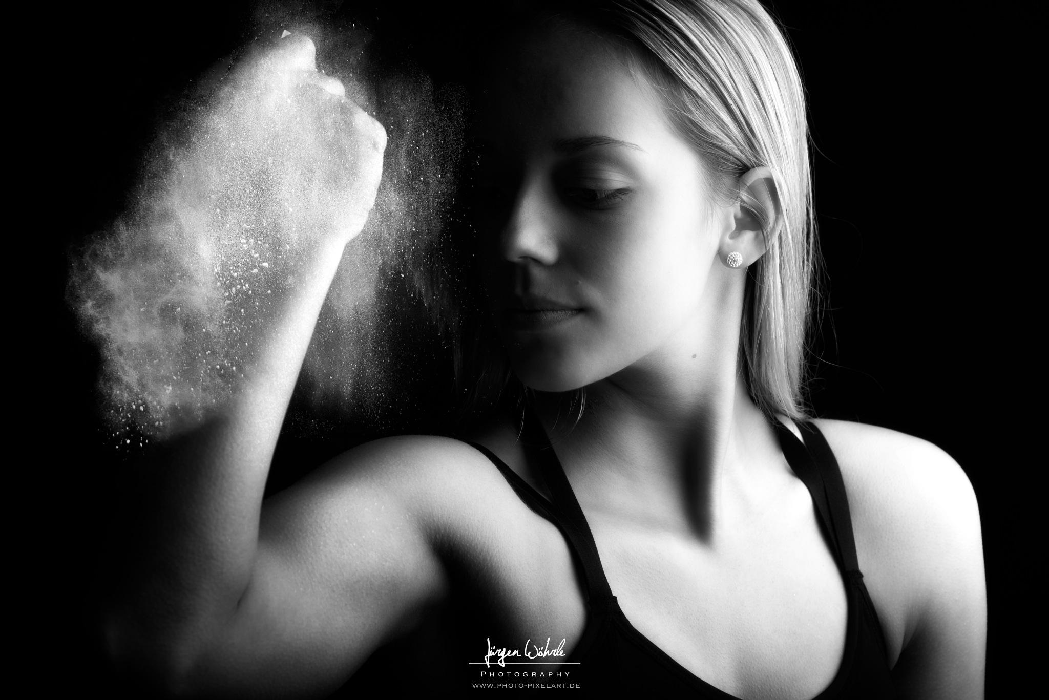 Gym Girl by Jürgen Wöhrle by Photo-Pixelart