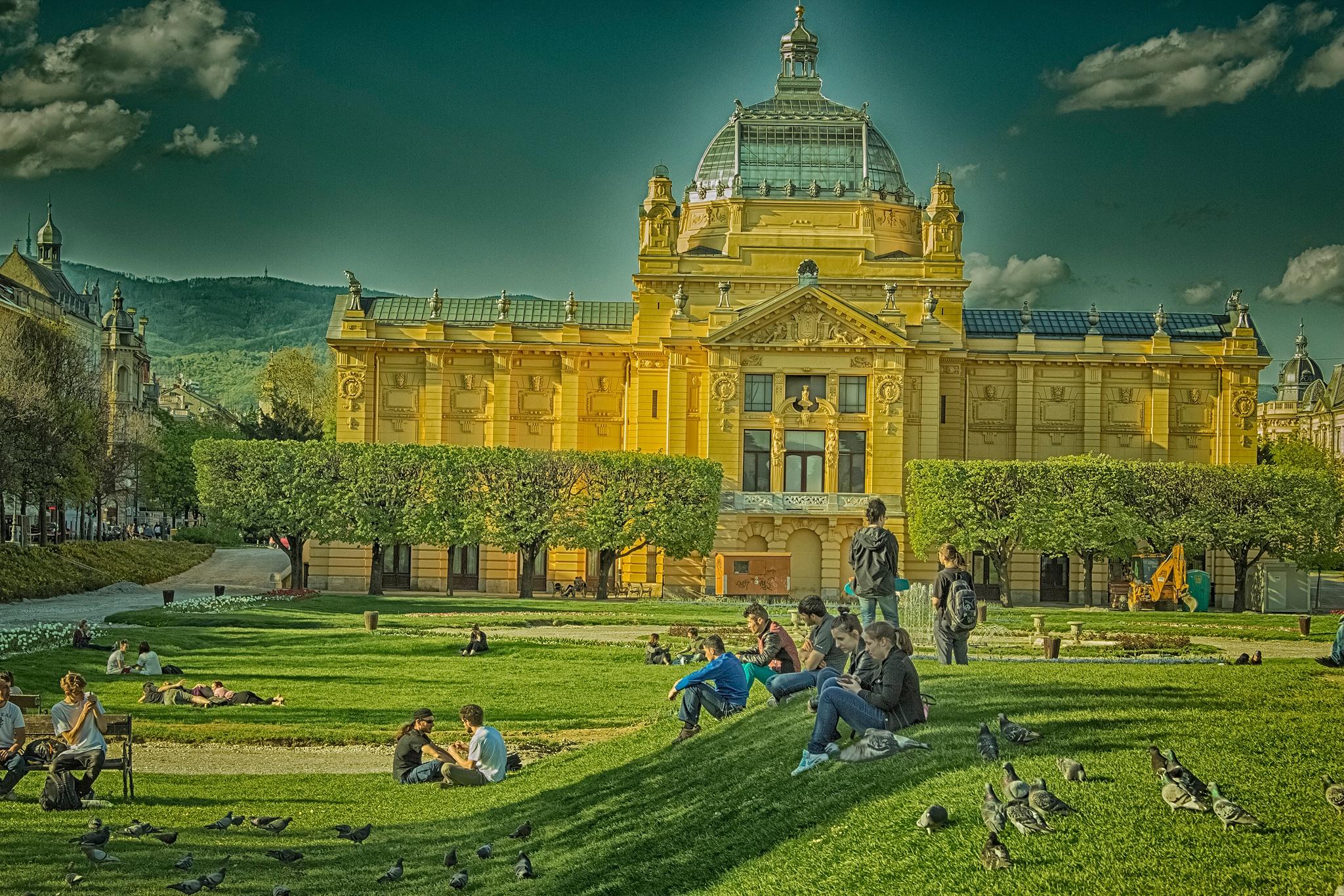 Zagreb in Spring by sneacker