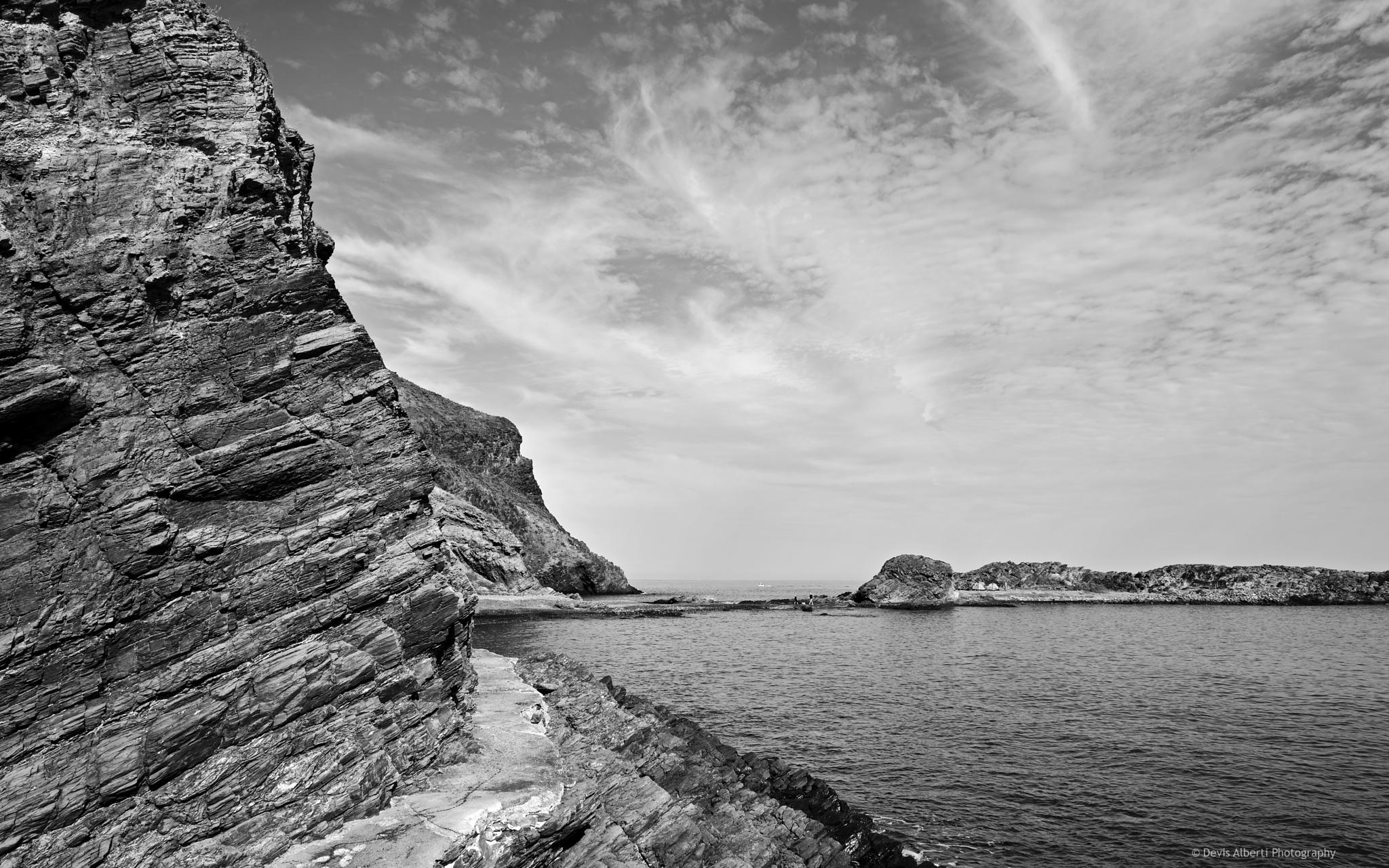 Rocks by Devis Alberti