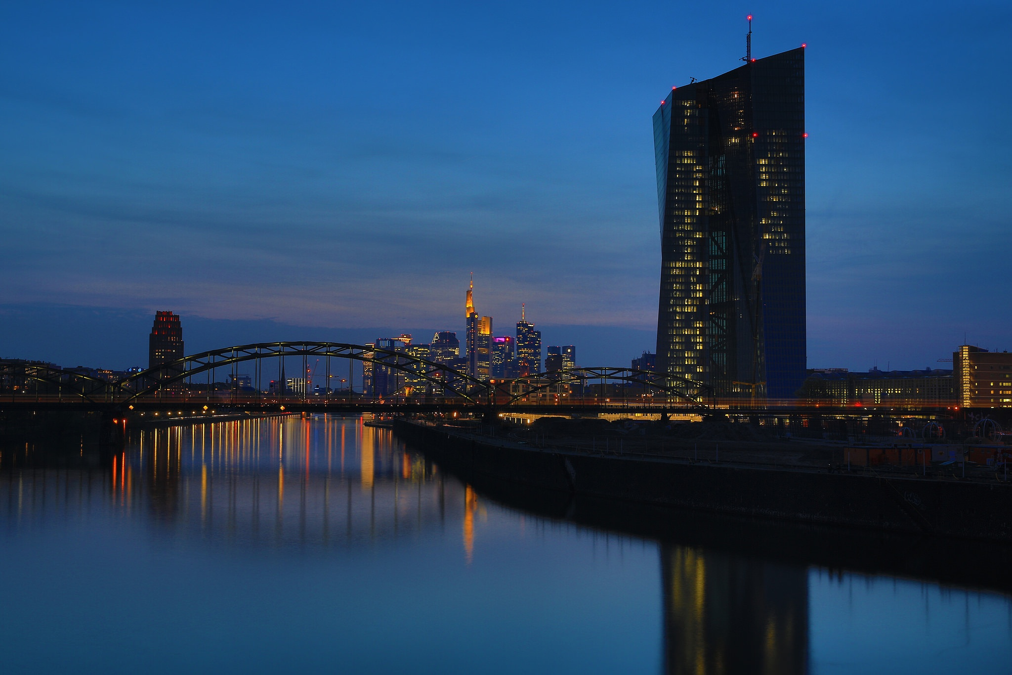 A silent Night in Frankfurt by DieBuben