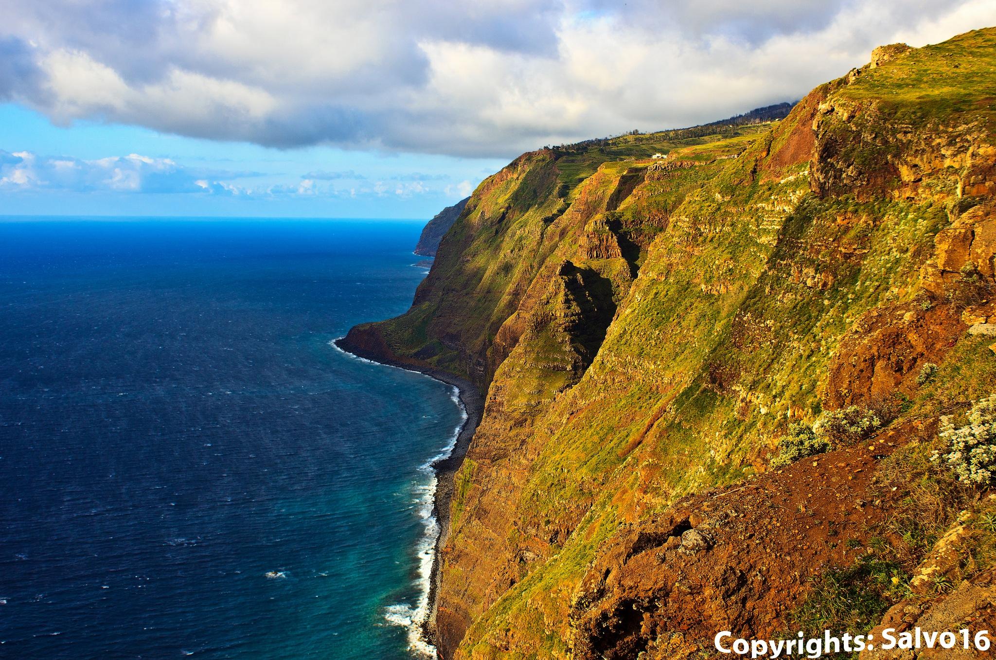 Santana's Cliffs by Salvo