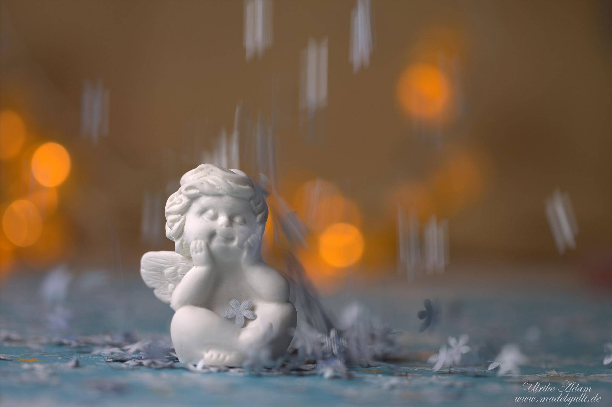 Engel im Schnee by UlrikeAdam