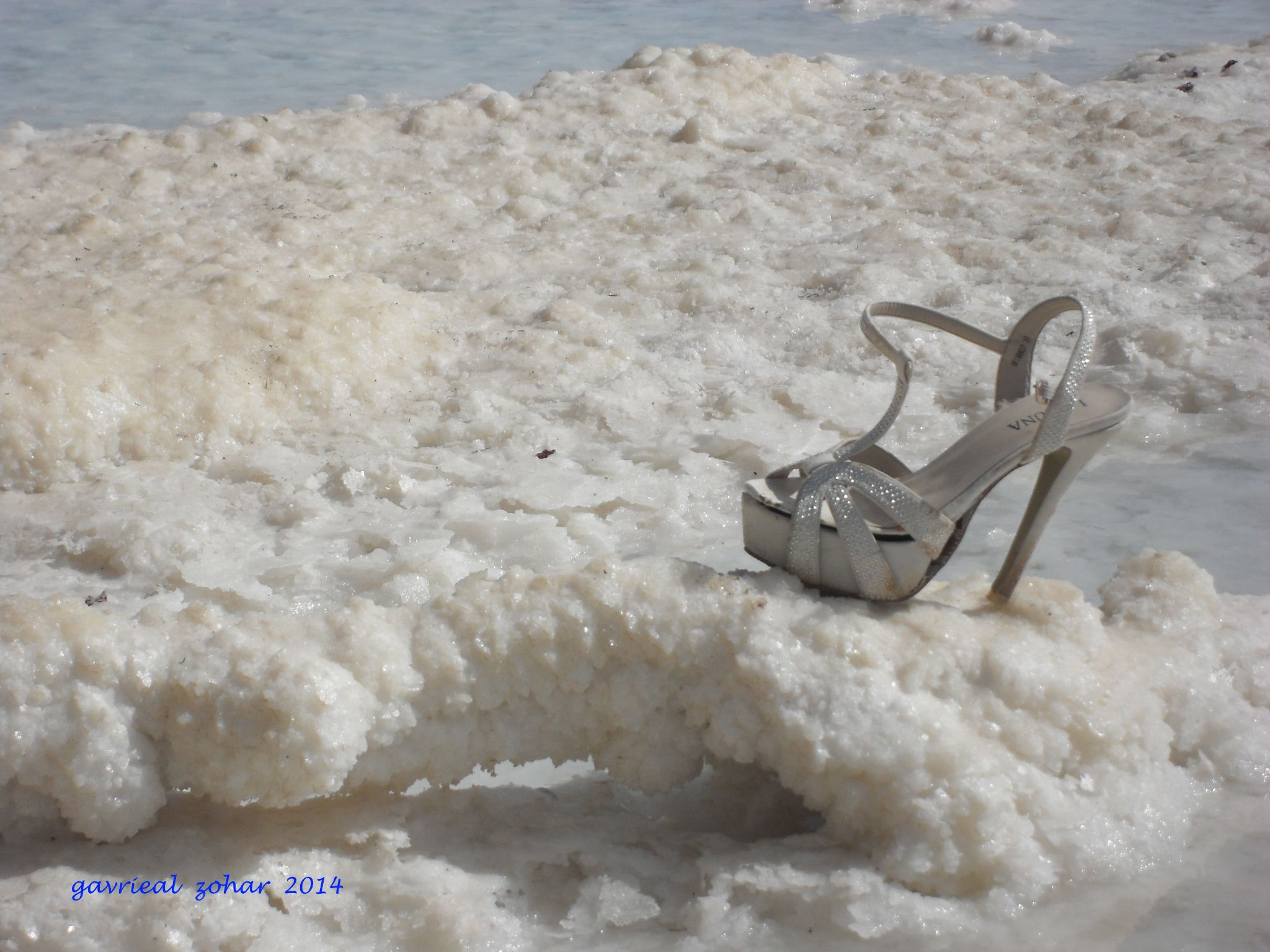 Sinderela shoe on the salt of the dead sea by gavriealzohar
