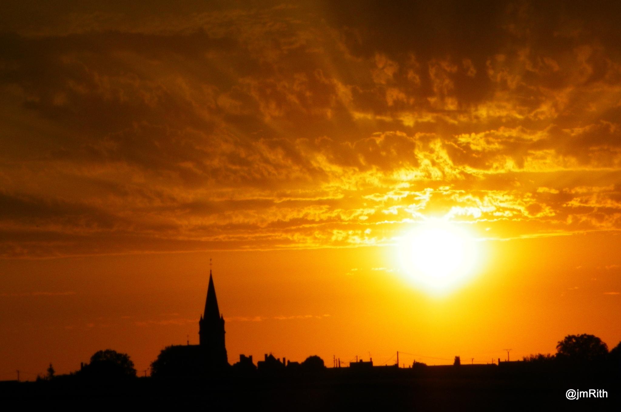 coucher de soleil by Jmrith