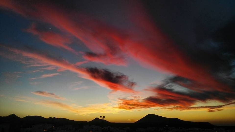 Sunset in Tinajo, Lanzarote. by JohnChapeaux