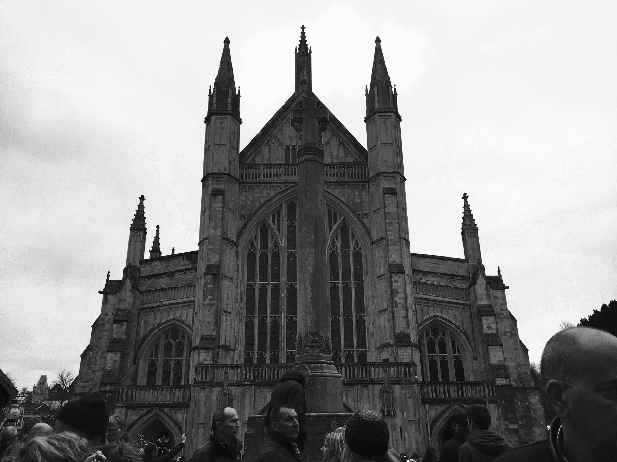 Winchester Cathedral  by Chez Lang