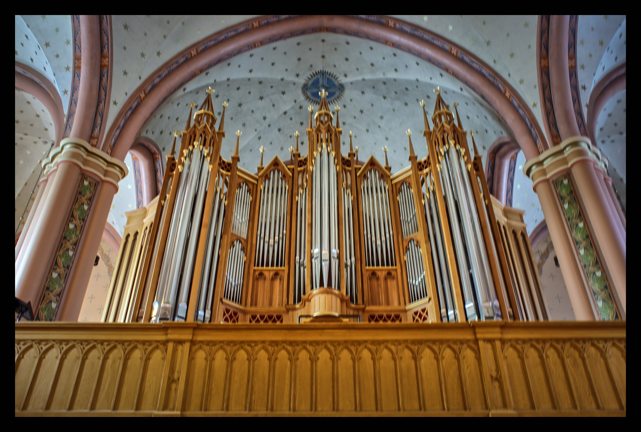 Organs of Pori Cathedral by Karographix