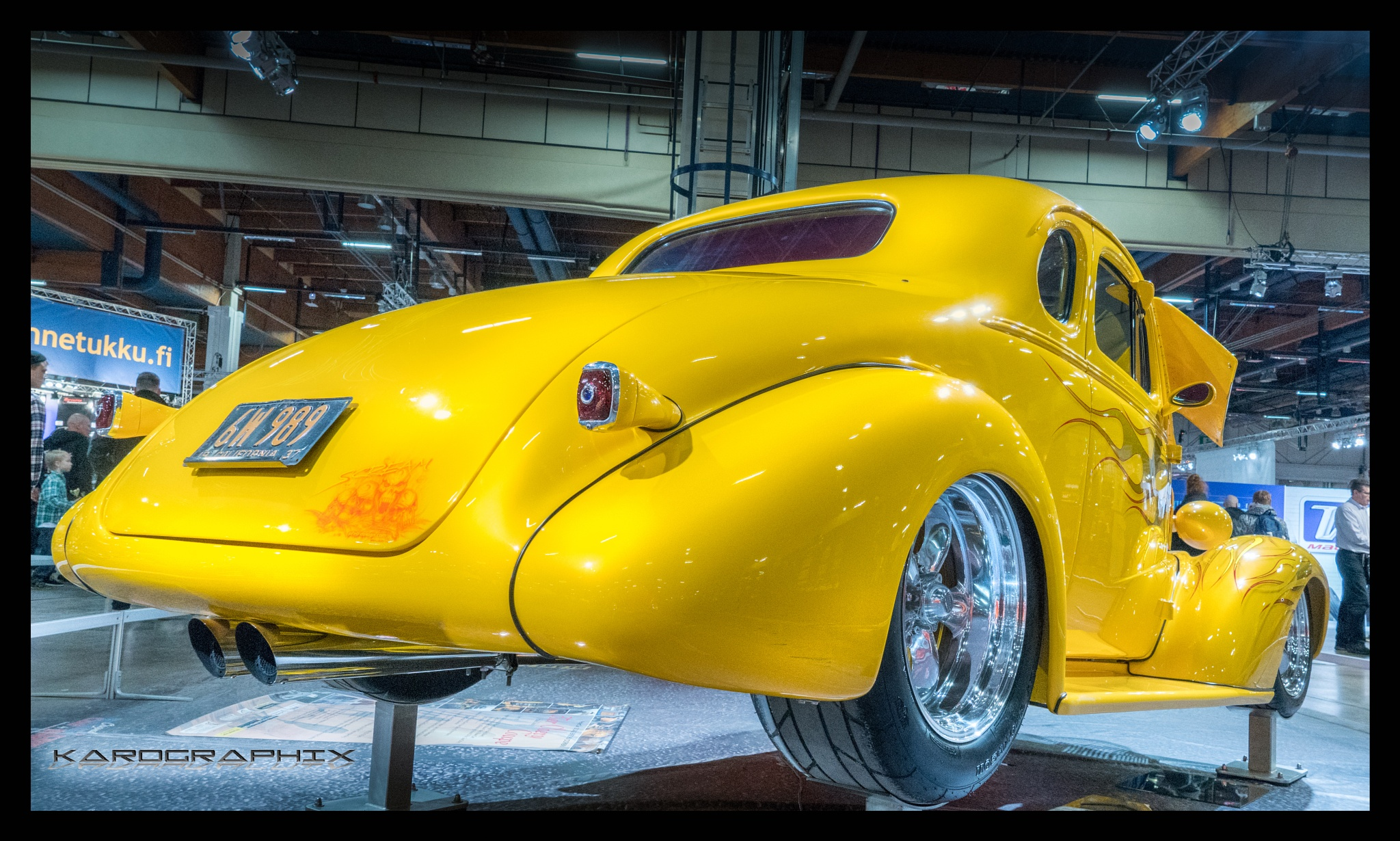 Awesome Coupe by Karographix