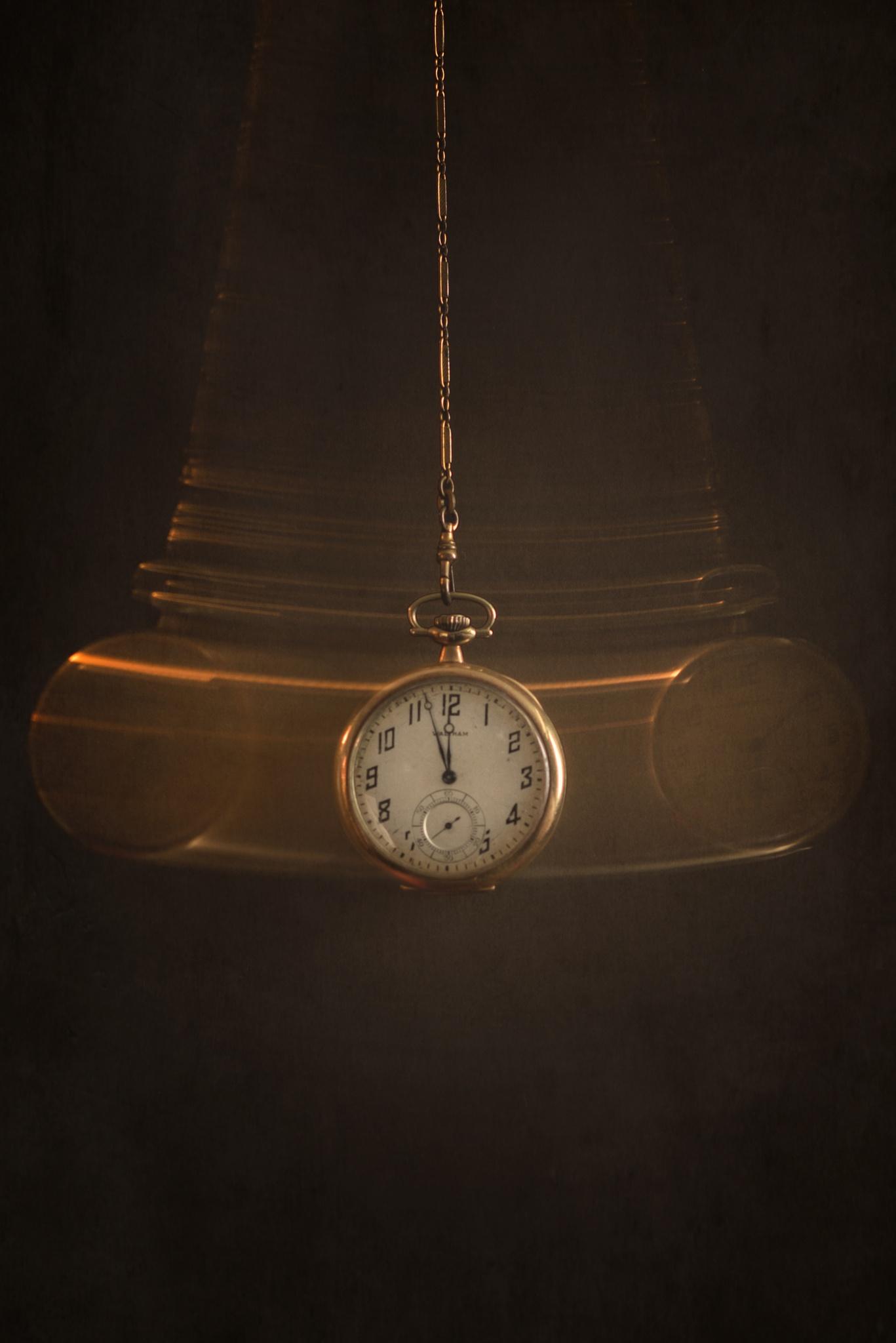 Pendulum by Nikki Roloff