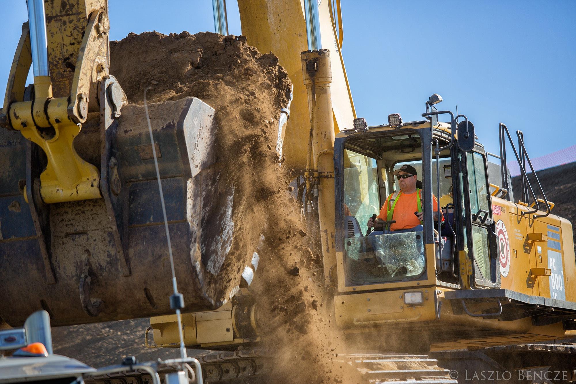 Excavator Operator, v2 by Laszlo Bencze