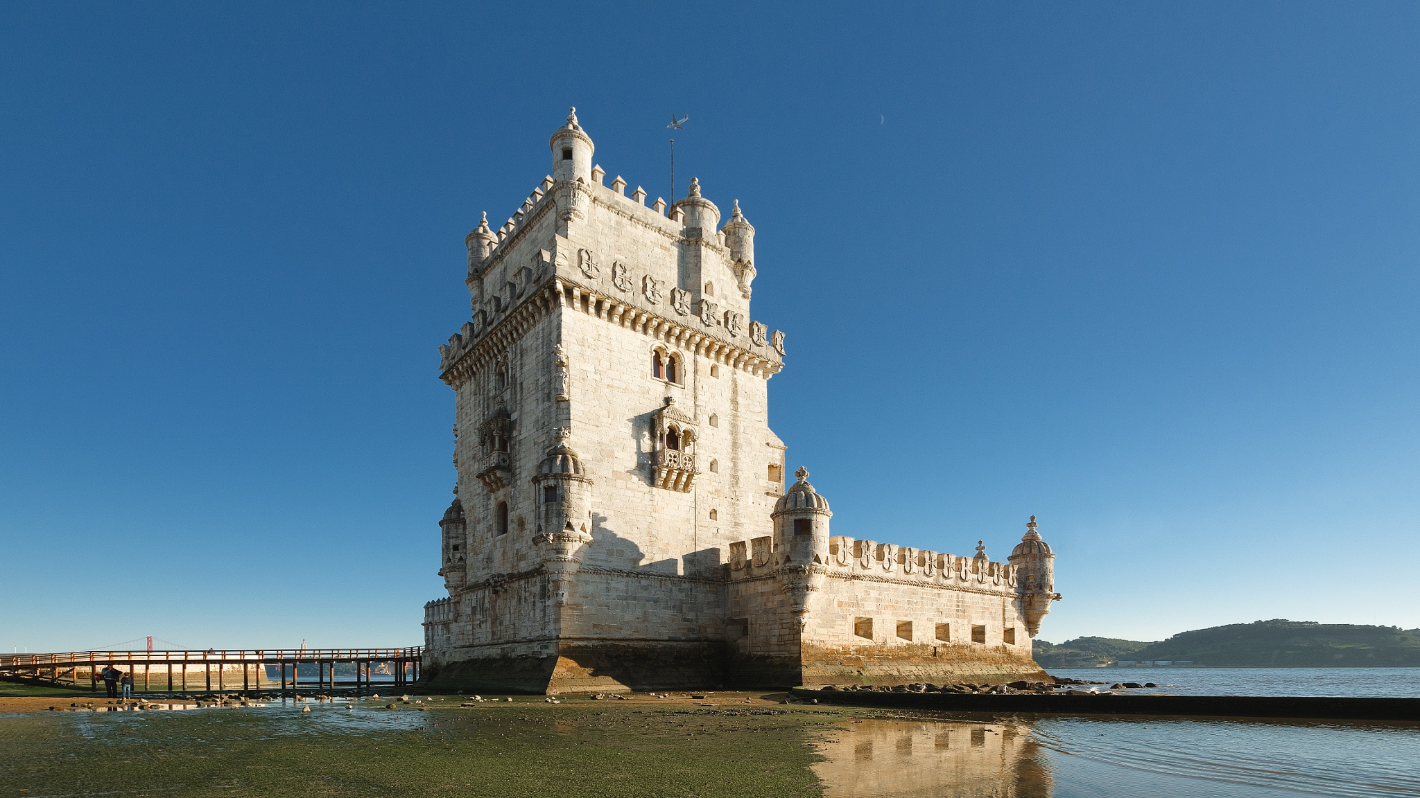 Belem Tower by Uiler Costa