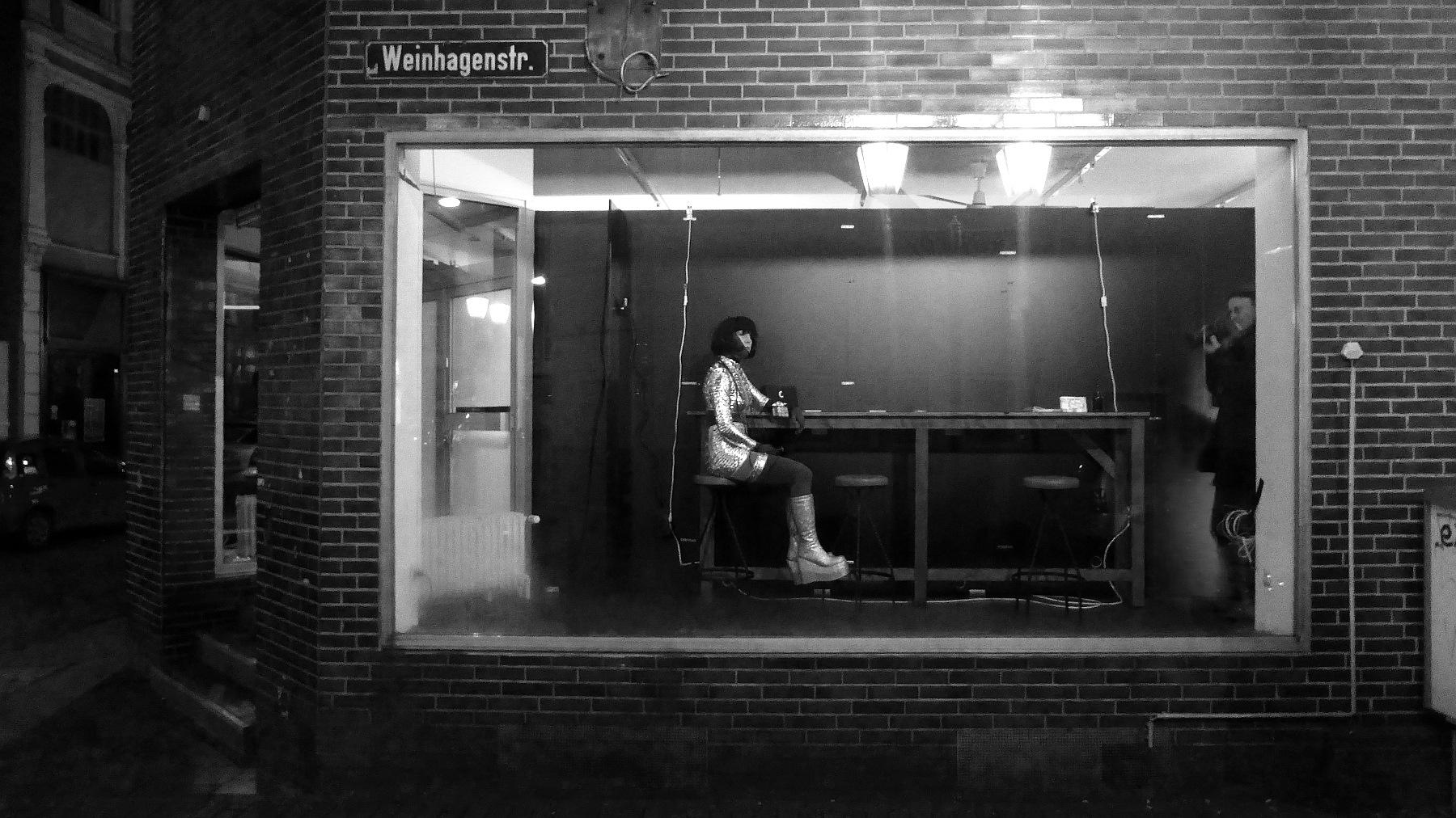 Pub window by Gernot Schwarz